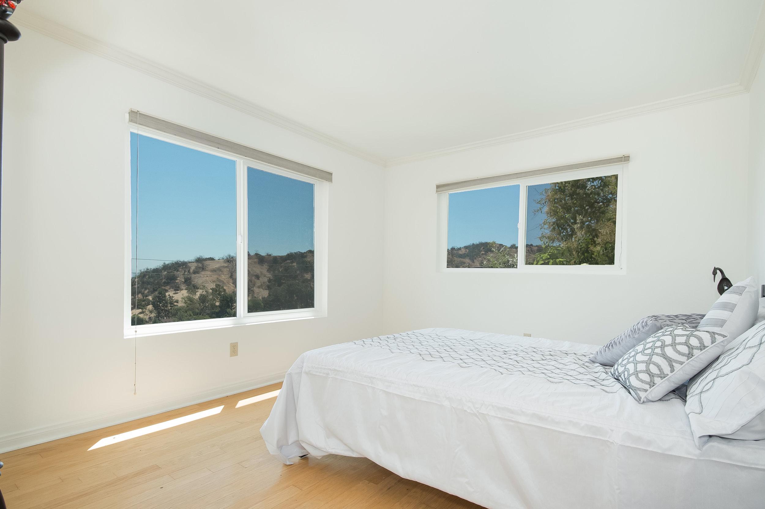 007 Bedroom 15072 Rayneta Sherman Oaks For Sale The Malibu Life Team Luxury Real Estate.jpg