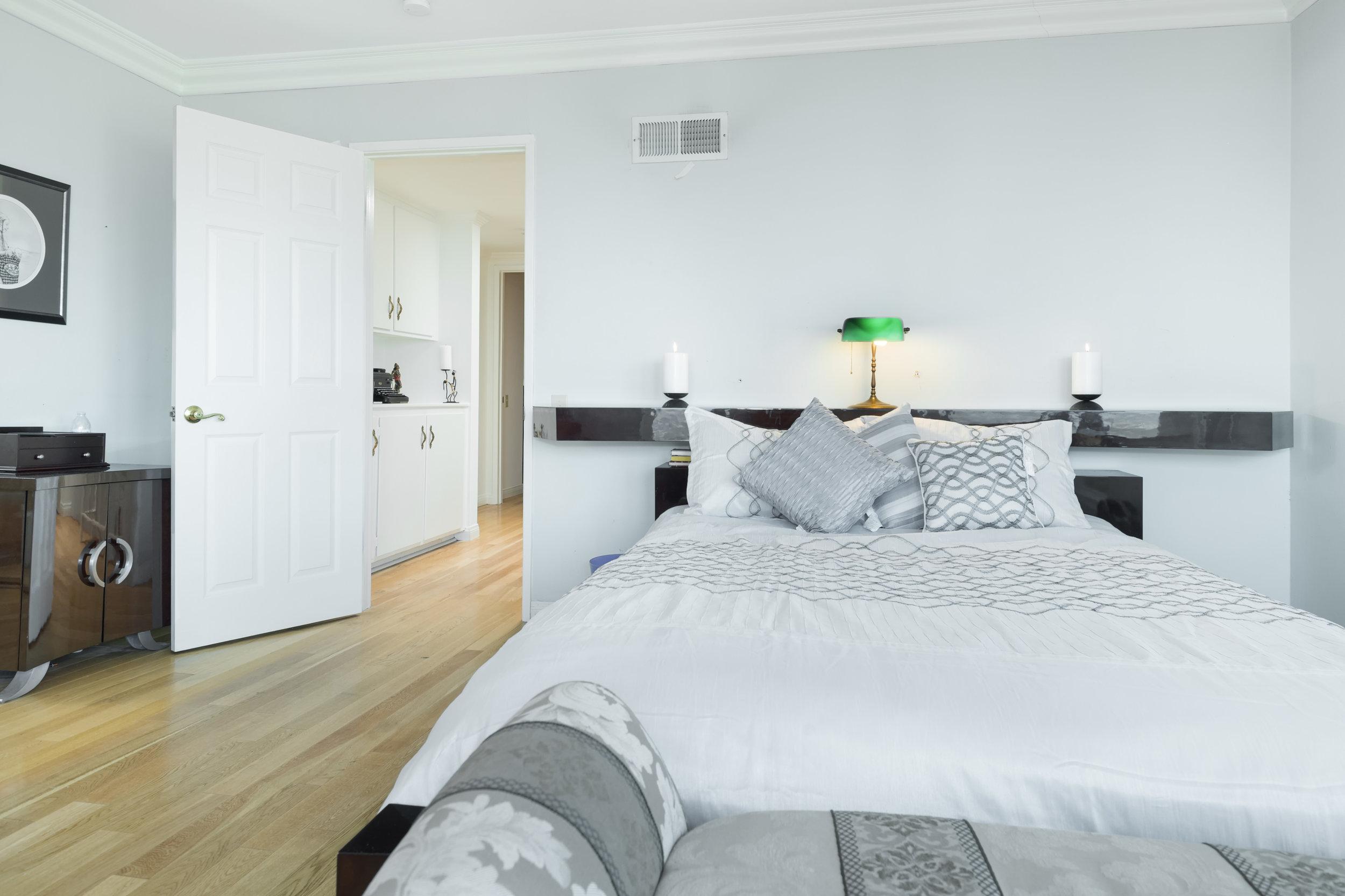 016 Bedroom 15072 Rayneta Sherman Oaks For Sale The Malibu Life Team Luxury Real Estate.jpg