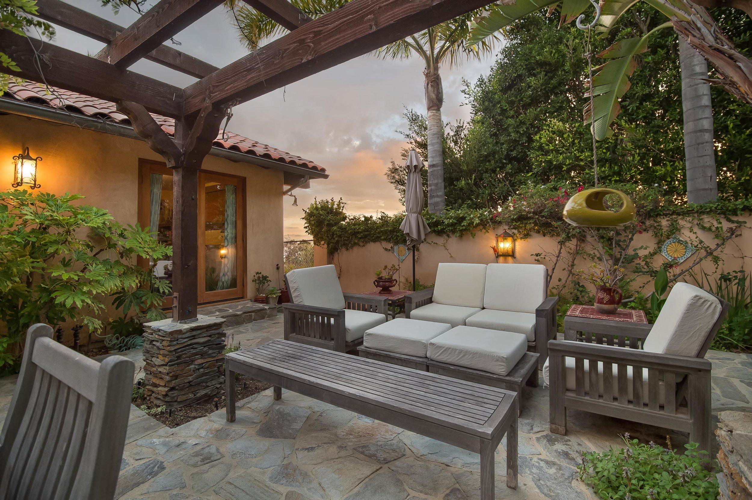 009 patio 29660 Harvester Road Malibu For Sale The Malibu Life Team Luxury Real Estate.jpg