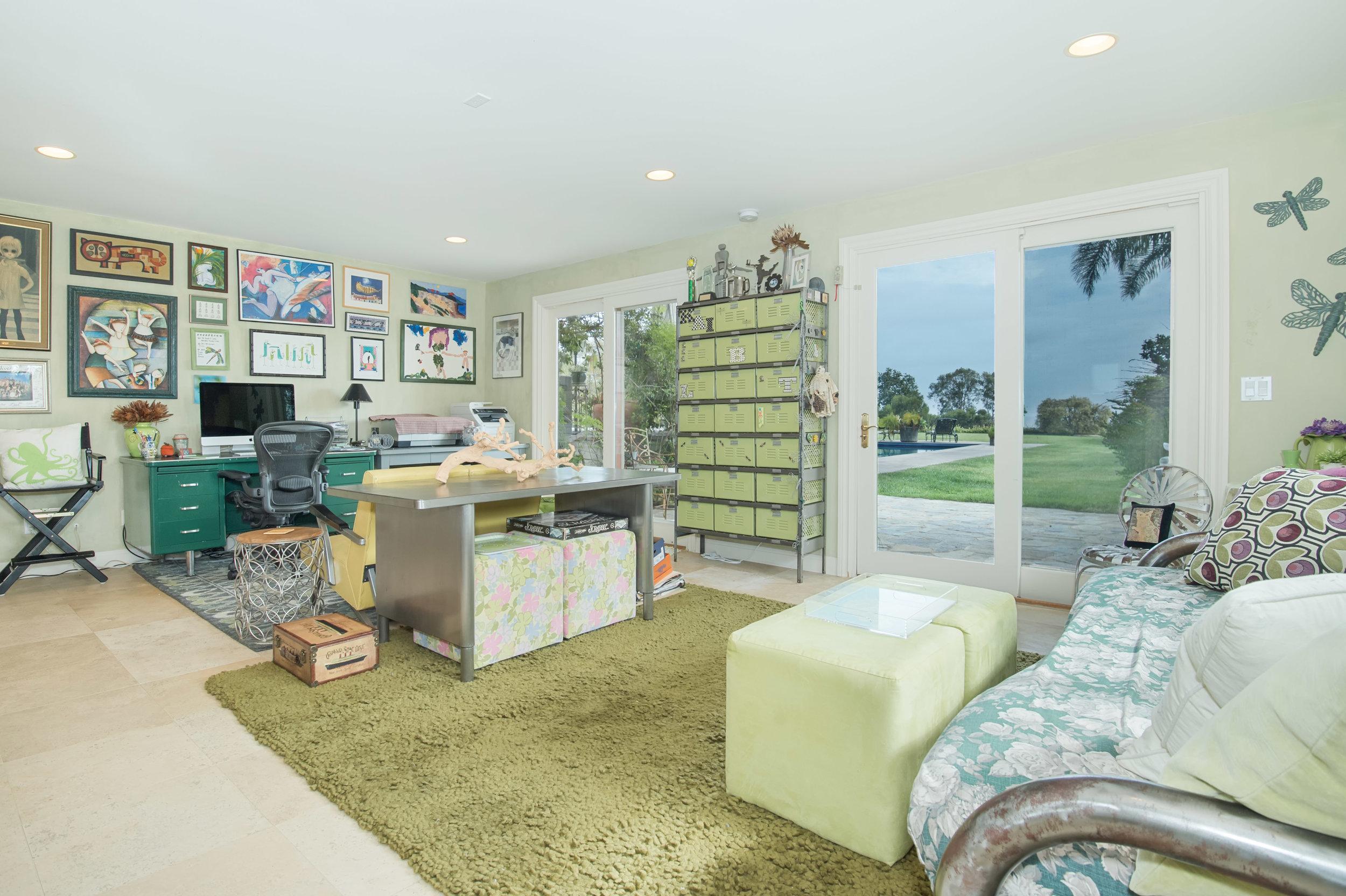 018 pool 29660 Harvester Road Malibu For Sale The Malibu Life Team Luxury Real Estate.jpg