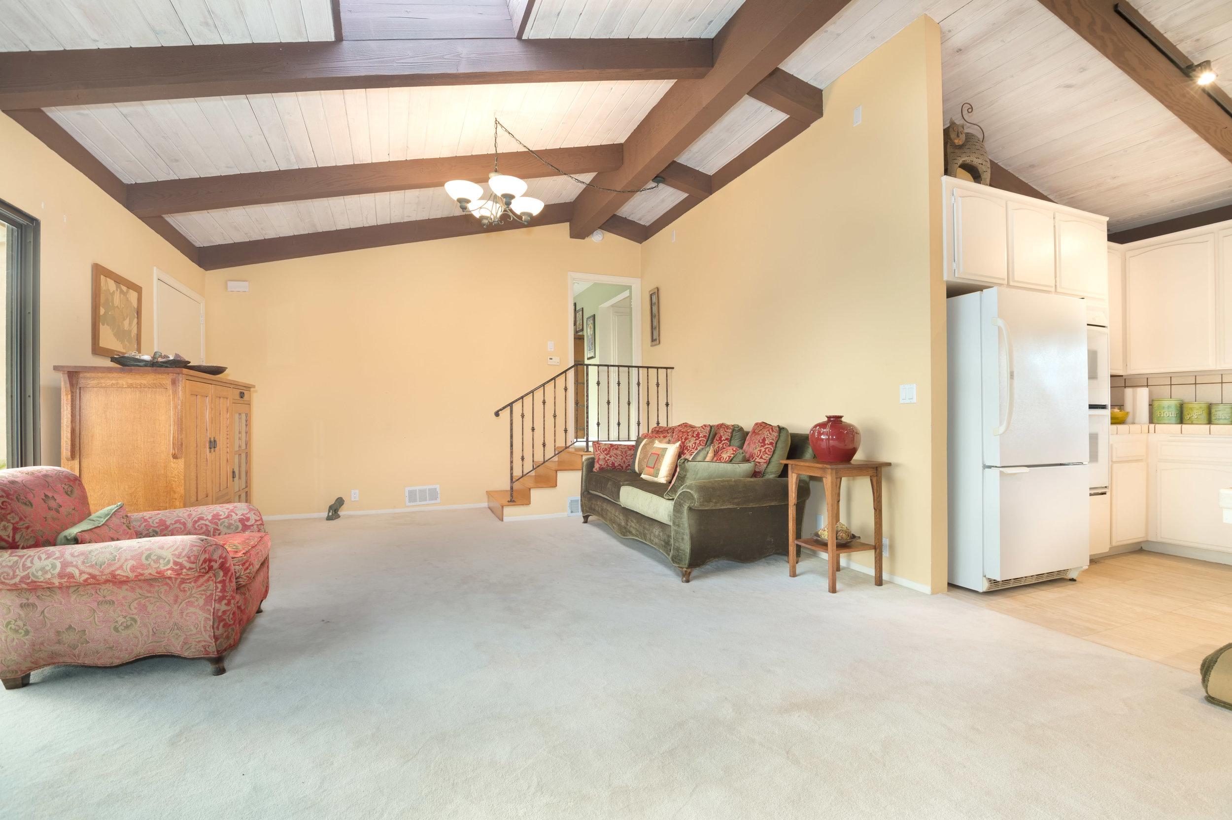 026 guest house  29660 Harvester Road Malibu For Sale The Malibu Life Team Luxury Real Estate.jpg