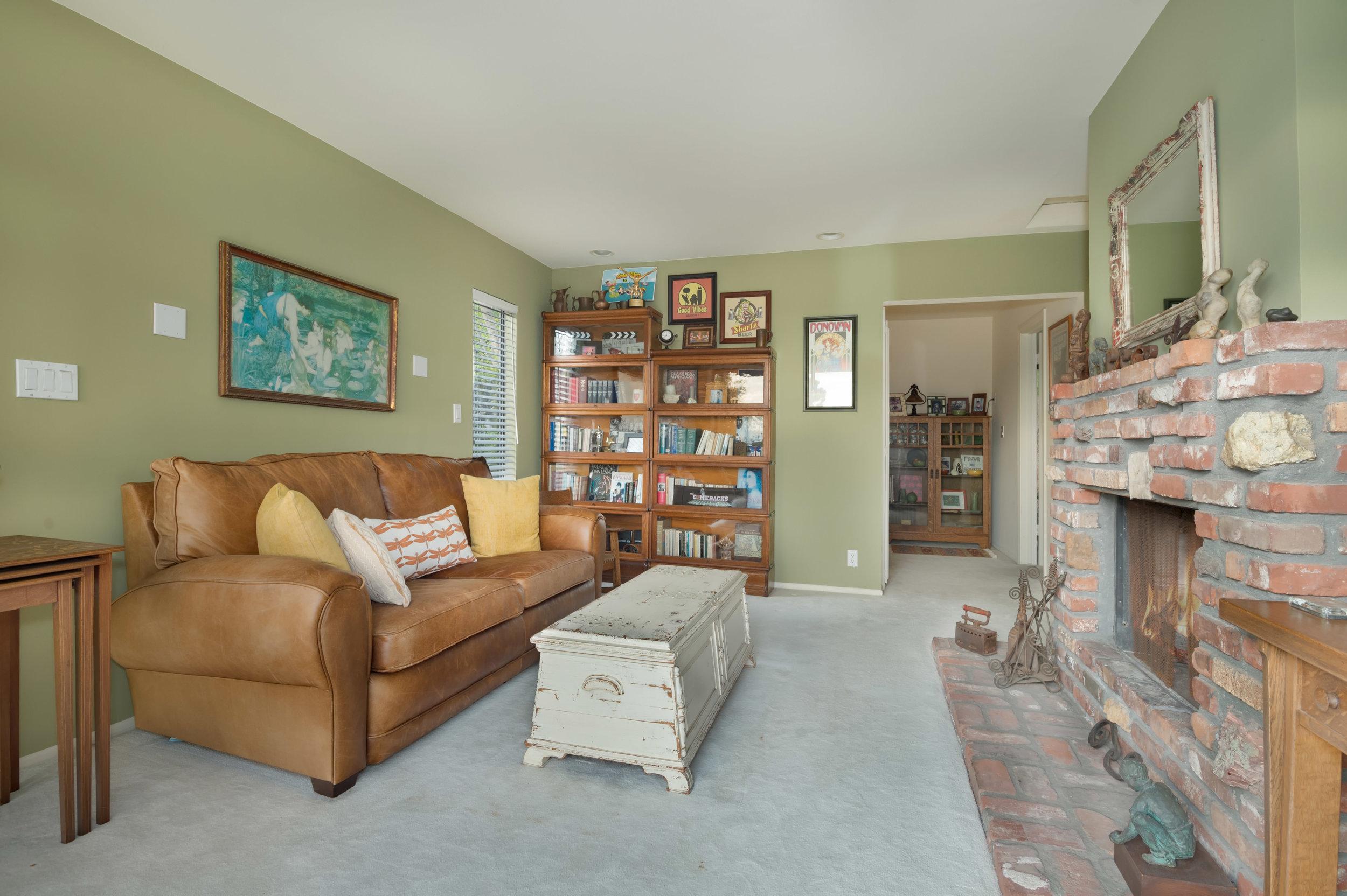 028 guest house 29660 Harvester Road Malibu For Sale The Malibu Life Team Luxury Real Estate.jpg