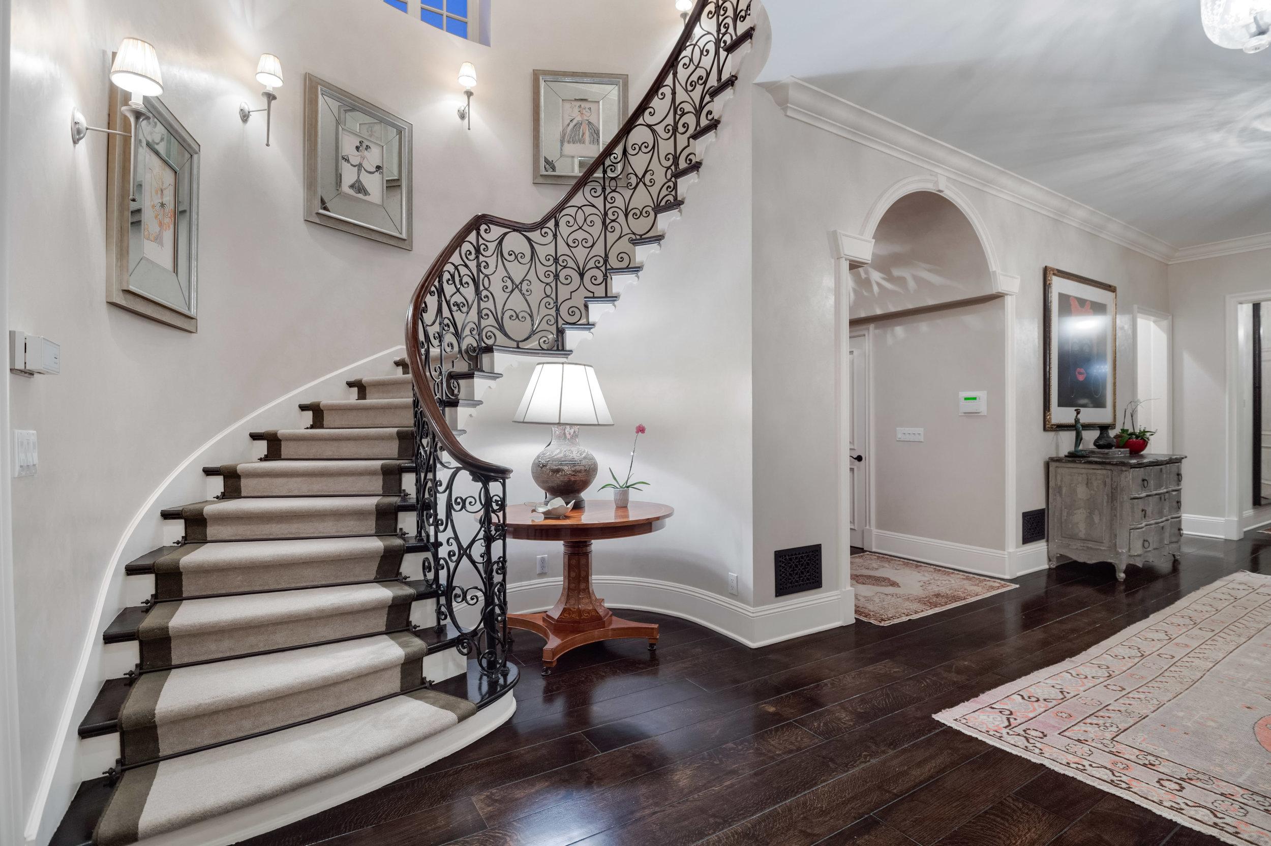 016_stairs2.jpg