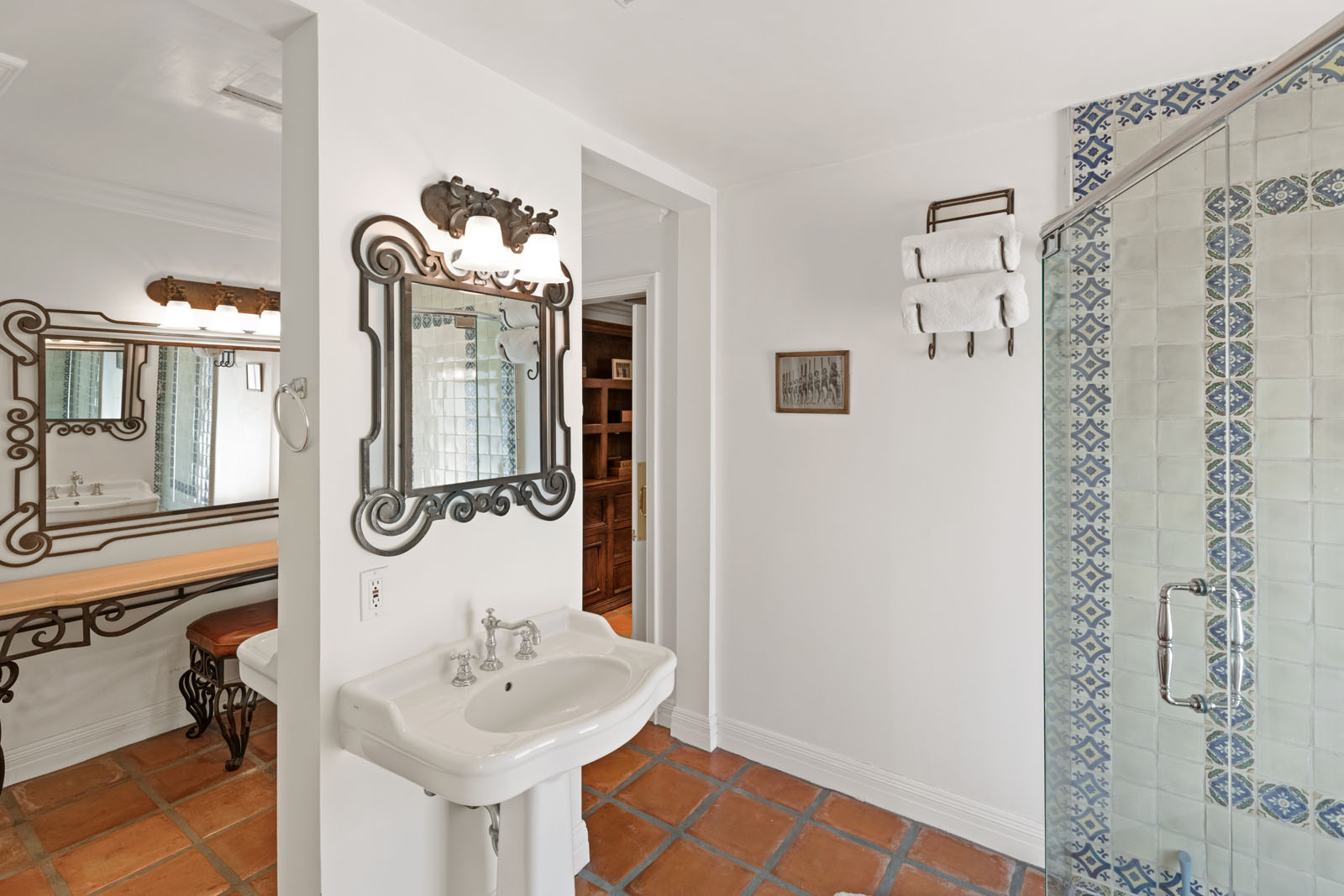 020 Master Bathroom 1712 Manzanita Park Avenue Malibu For Sale Lease The Malibu Life Team Luxury Real Estate.jpg