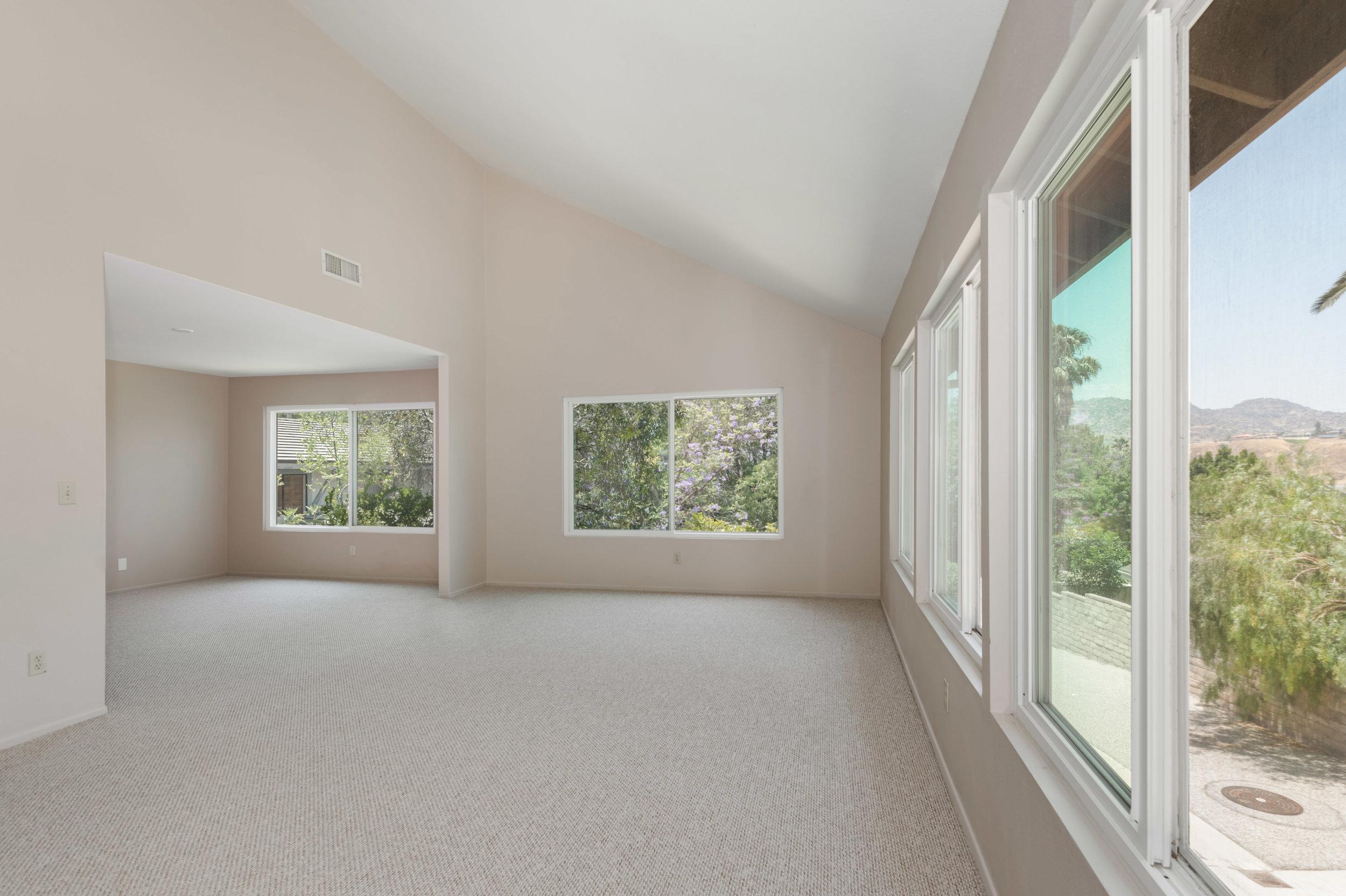 004 living room 8832 Moorcroft Avenue West Hills For Sale Lease The Malibu Life Team Luxury Real Estate.jpg