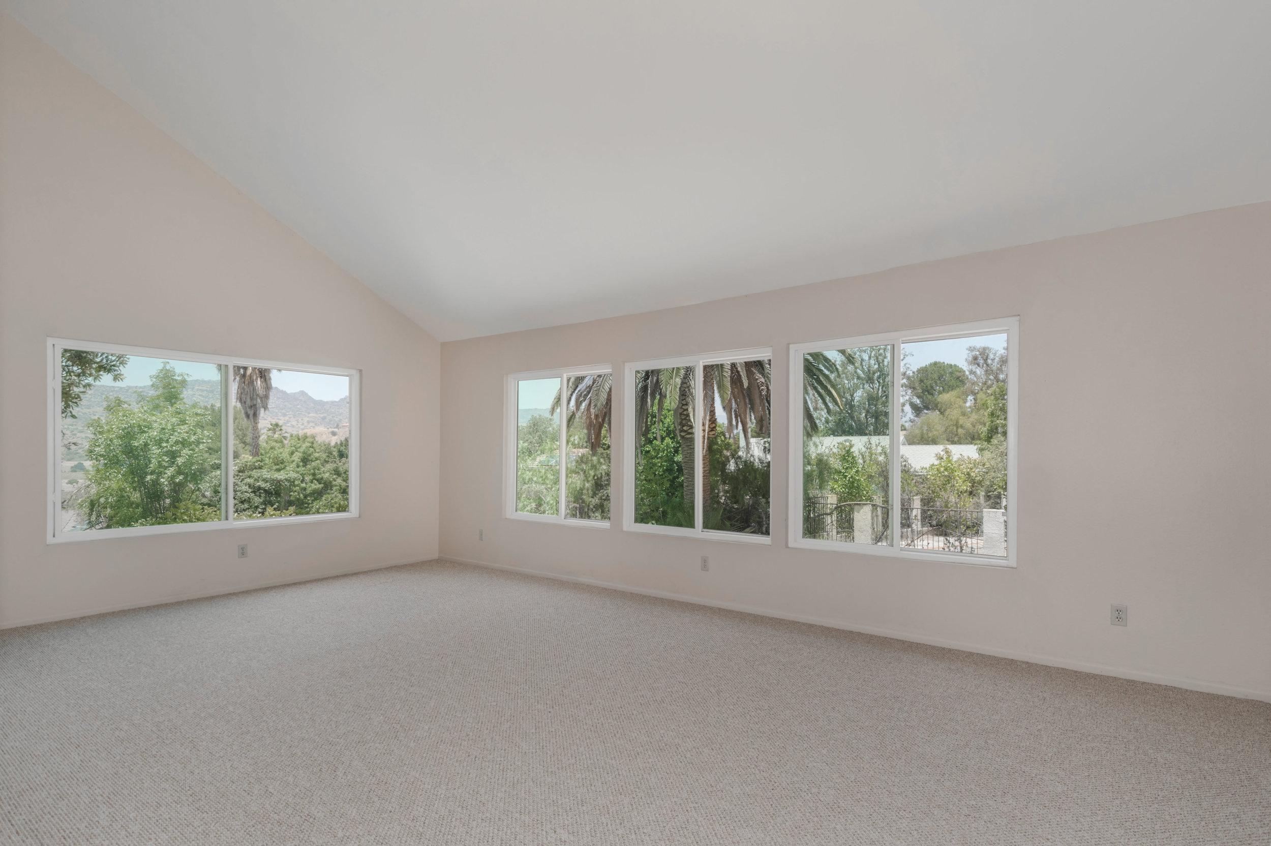010 living room 8832 Moorcroft Avenue West Hills For Sale Lease The Malibu Life Team Luxury Real Estate.jpg