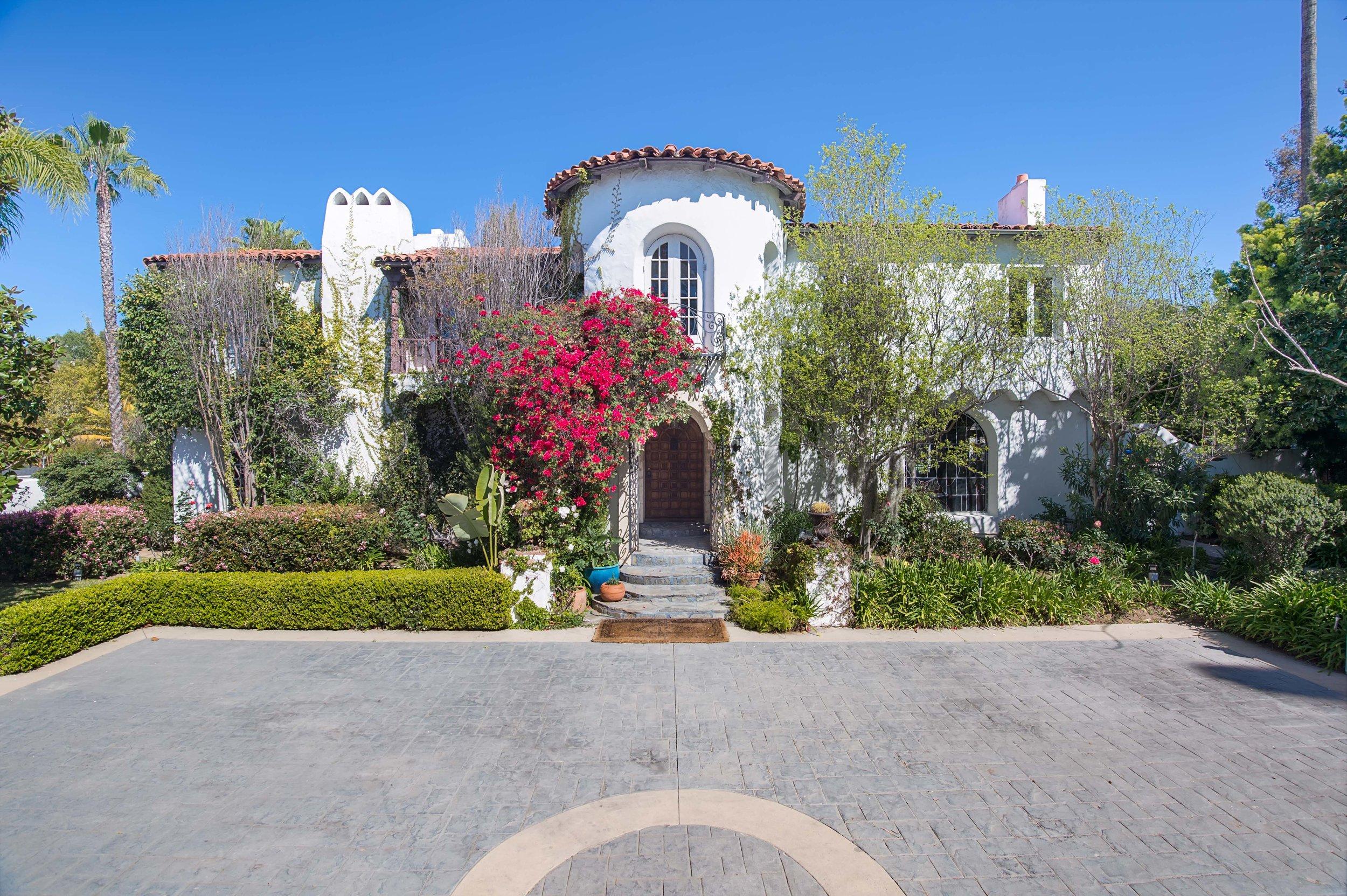 001 Front 006 Pool 4915 Los Feliz For Sale Los Angeles Lease The Malibu Life Team Luxury Real Estate.jpg