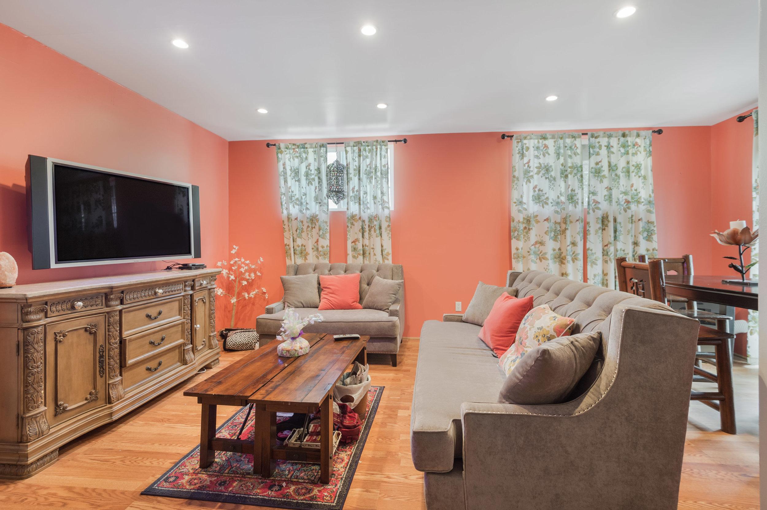 026 Guest House 006 Pool 4915 Los Feliz For Sale Los Angeles Lease The Malibu Life Team Luxury Real Estate.jpg