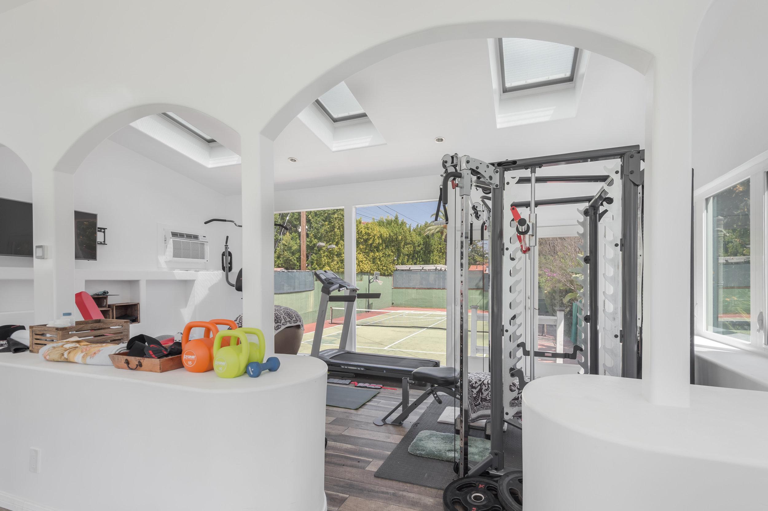 028.1 Gym 006 Pool 4915 Los Feliz For Sale Los Angeles Lease The Malibu Life Team Luxury Real Estate.jpg