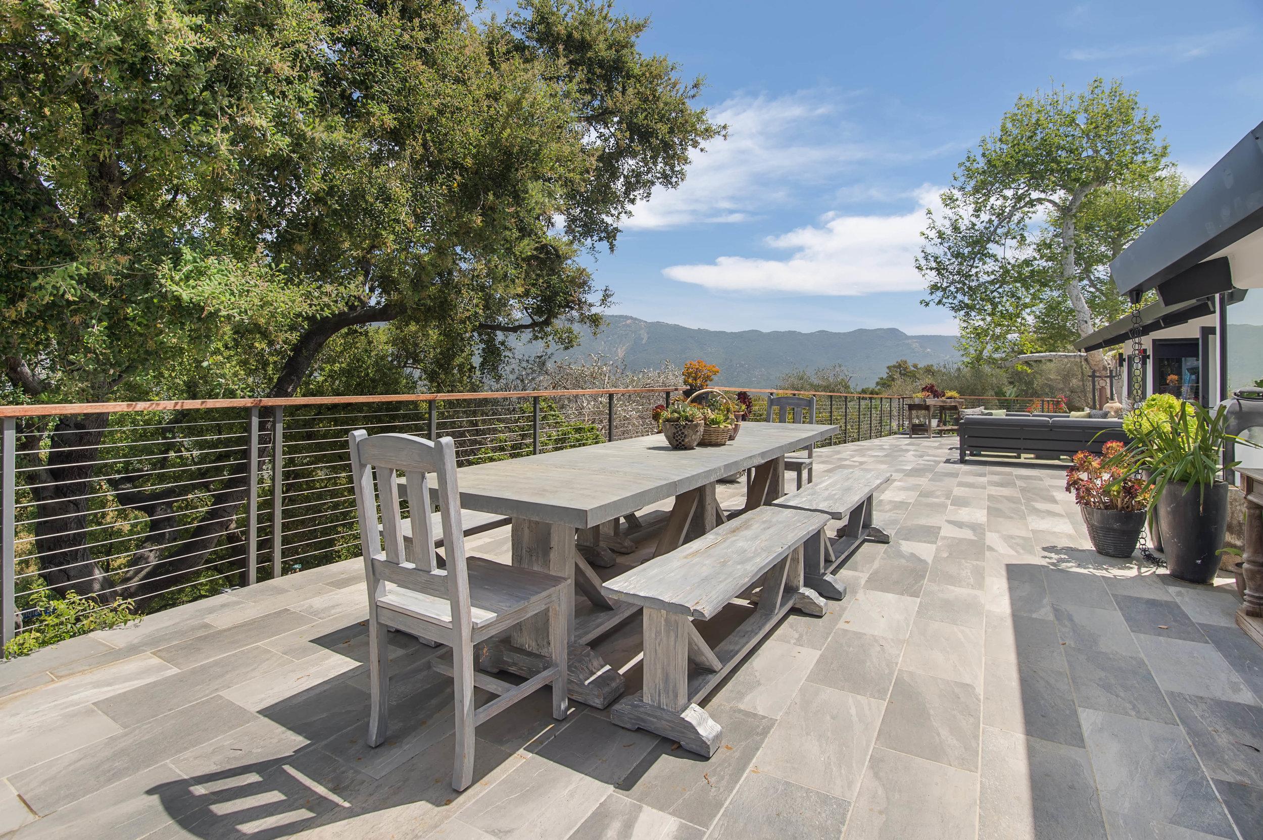 004 Outdoor Dining 26272 Cool Glen Way Malibu For Sale Luxury Real Estate.jpg
