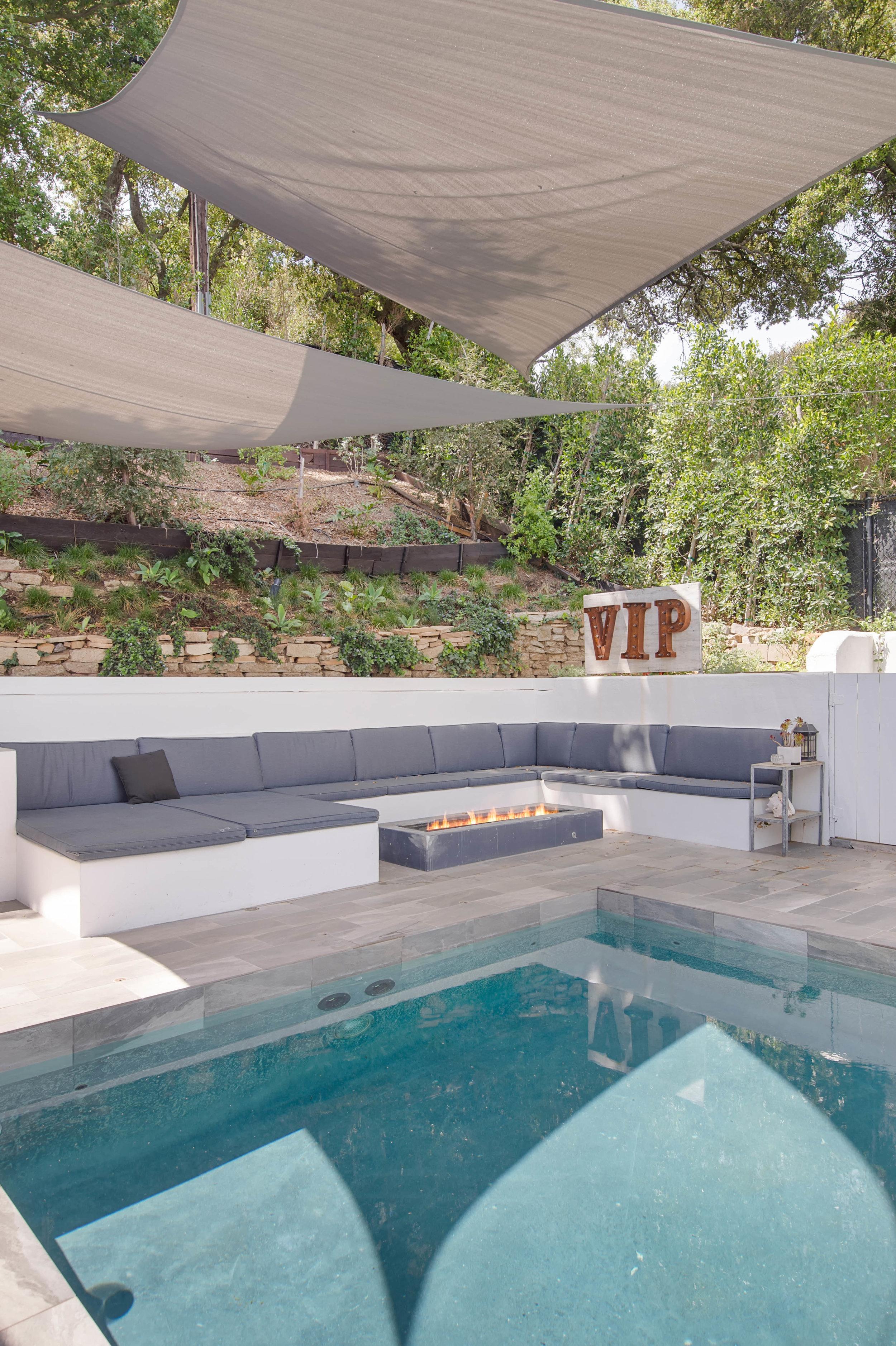 005 Pool 26272 Cool Glen Way Malibu For Sale Luxury Real Estate.jpg
