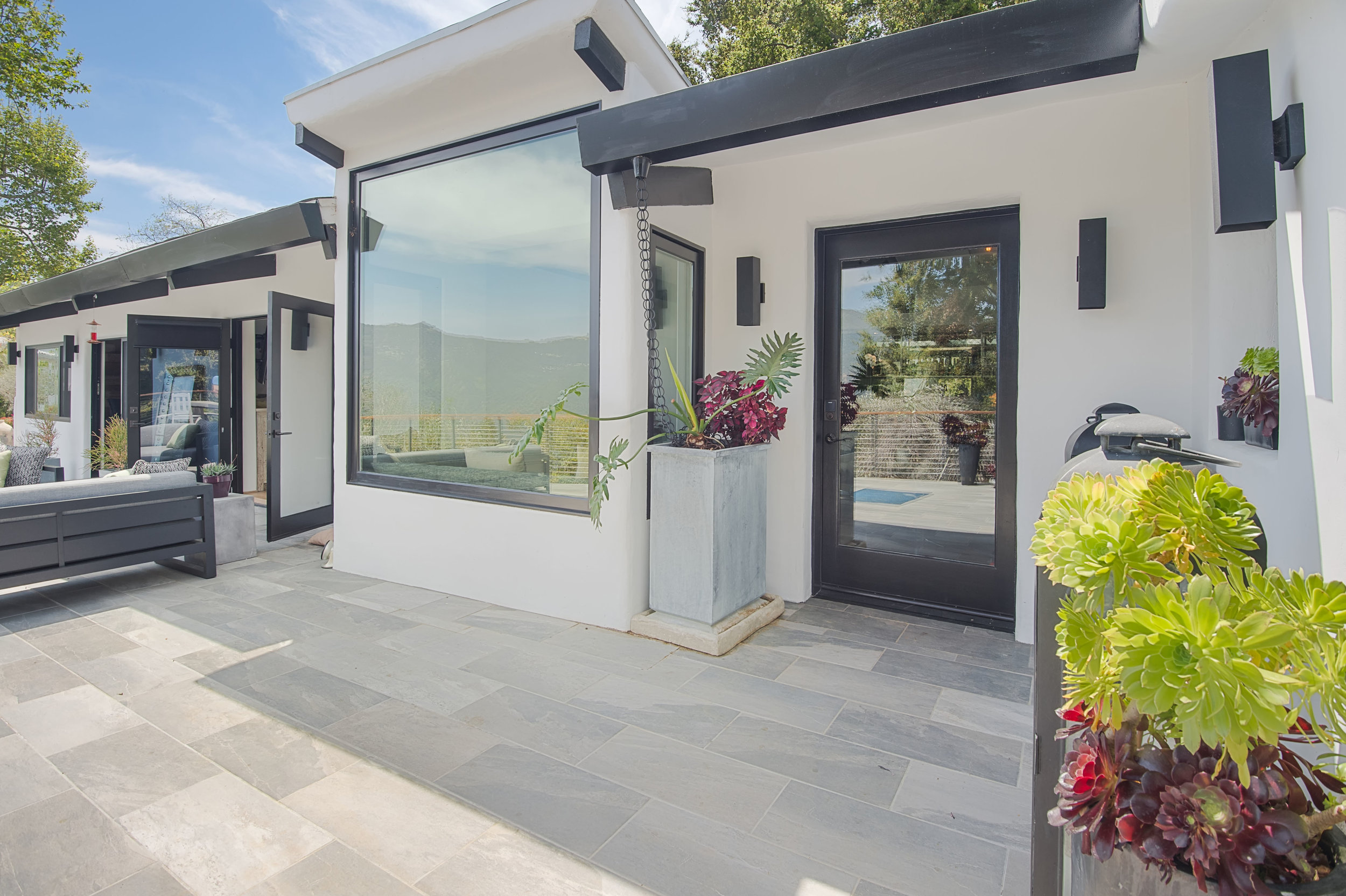 007 Front 26272 Cool Glen Way Malibu For Sale Luxury Real Estate.jpg