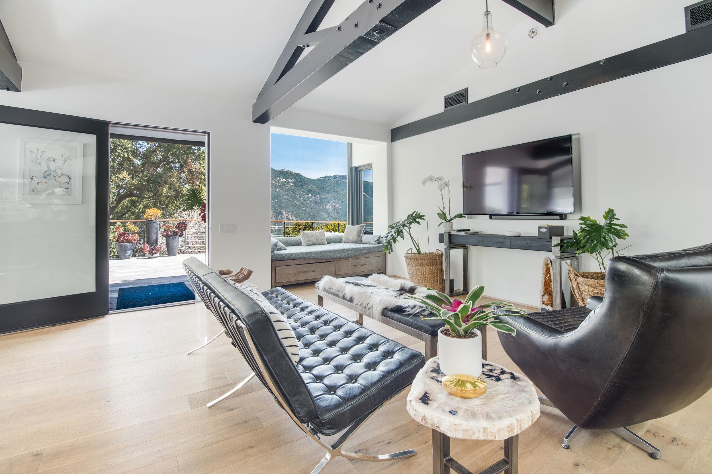 009 Living Room 26272 Cool Glen Way Malibu For Sale Luxury Real Estate.jpg