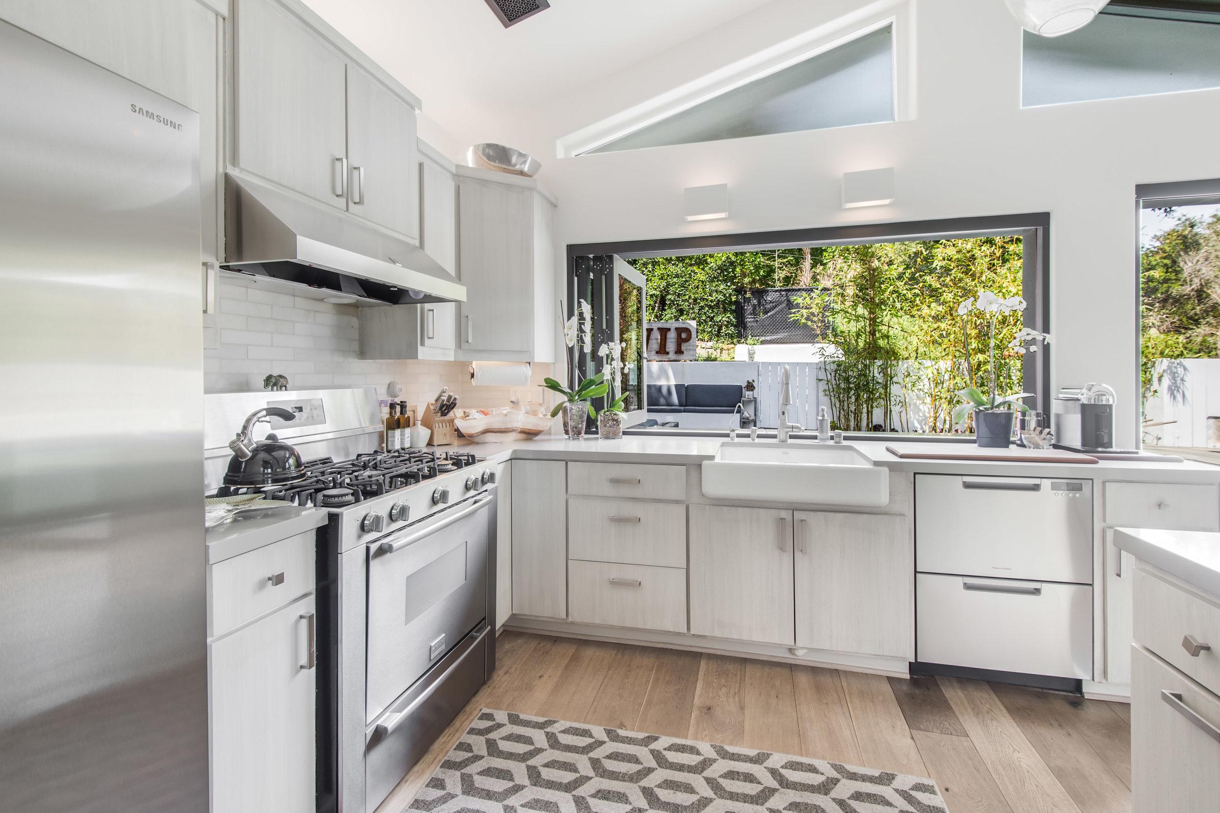 013 Kitchen 26272 Cool Glen Way Malibu For Sale Luxury Real Estate.jpg