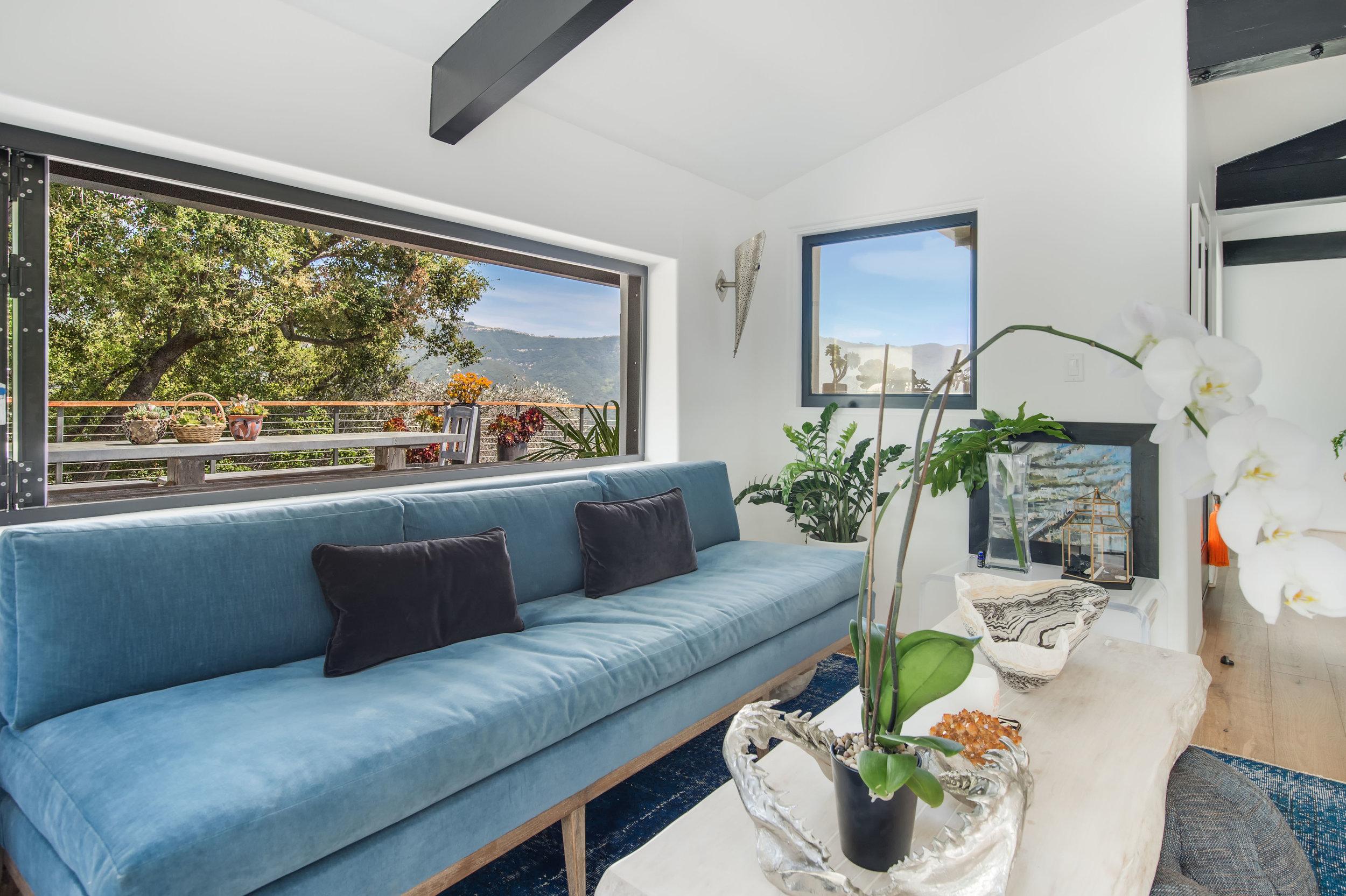 014 Living Room 26272 Cool Glen Way Malibu For Sale Luxury Real Estate.jpg