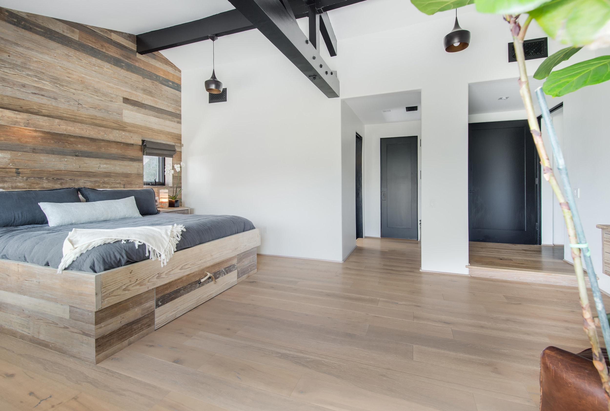 019 Master Bedroom 26272 Cool Glen Way Malibu For Sale Luxury Real Estate.jpg