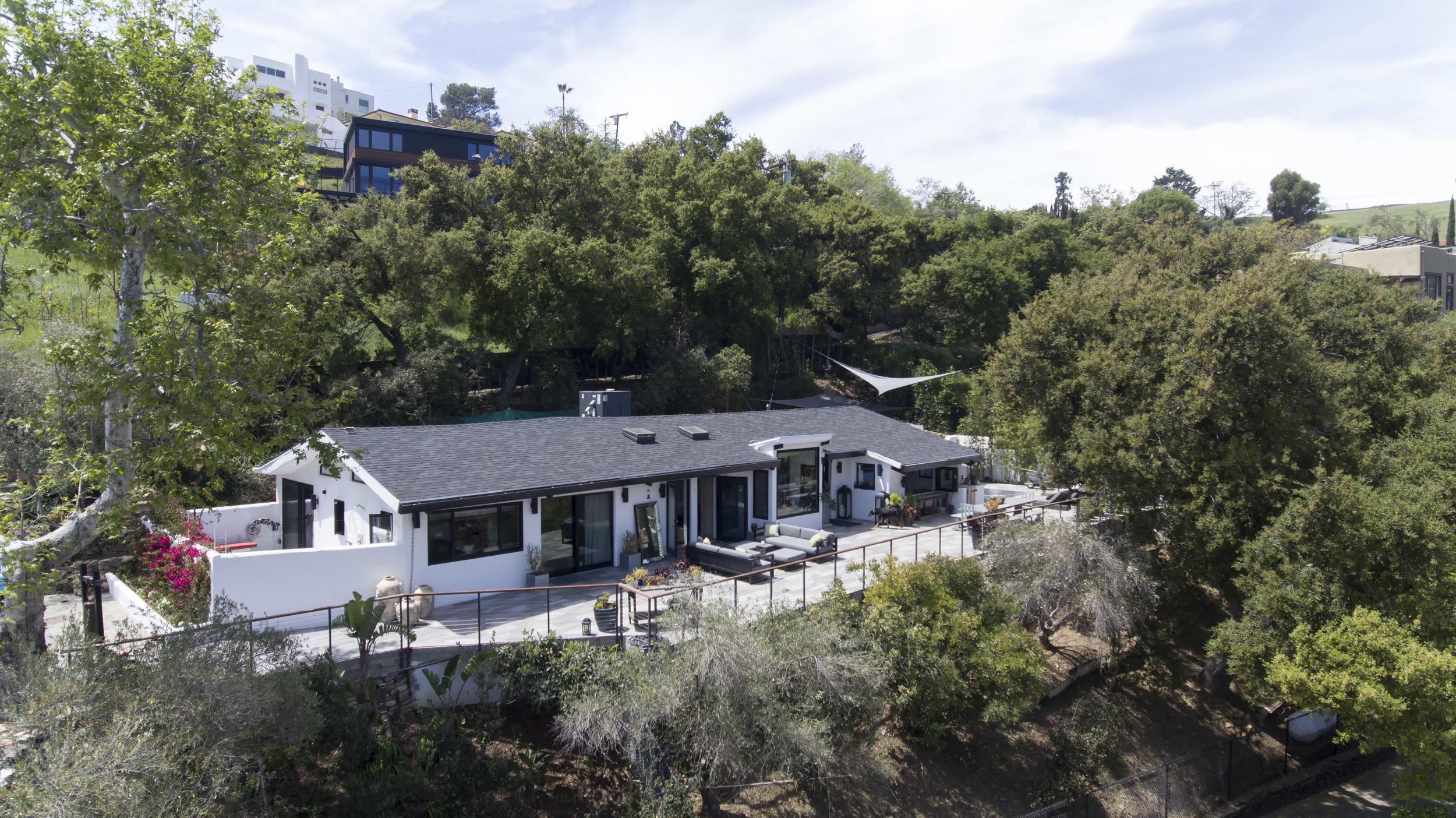 033 Exterior 26272 Cool Glen Way Malibu For Sale Luxury Real Estate.jpg