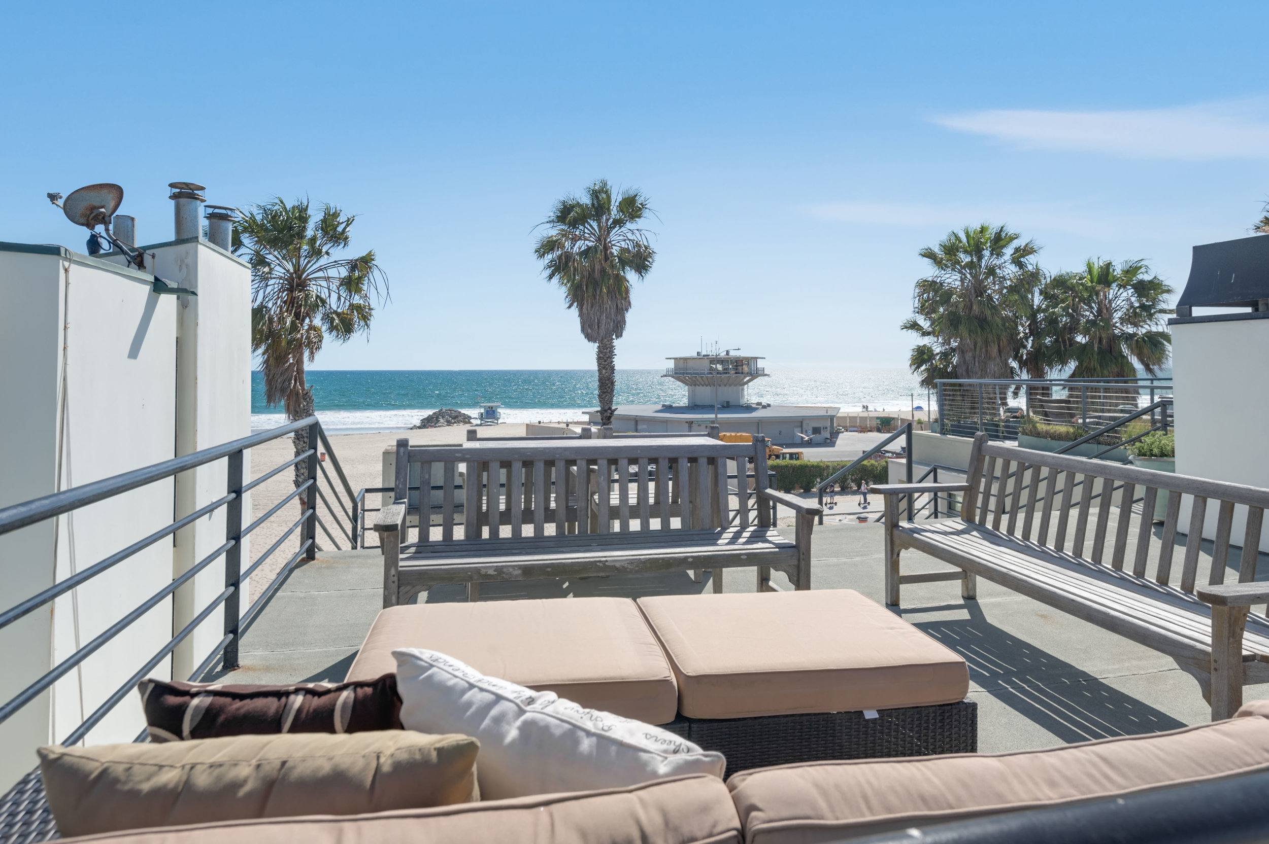 002 Roof Ocean Front Walk Venice For Sale Lease The Malibu Life Team Luxury Real Estate.jpg