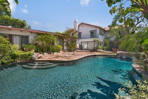 $3,300,000   437 N Bonhill Road, Los Angeles