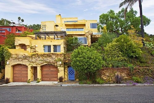 $2,895,000   21547 Rambla Vista, Malibu