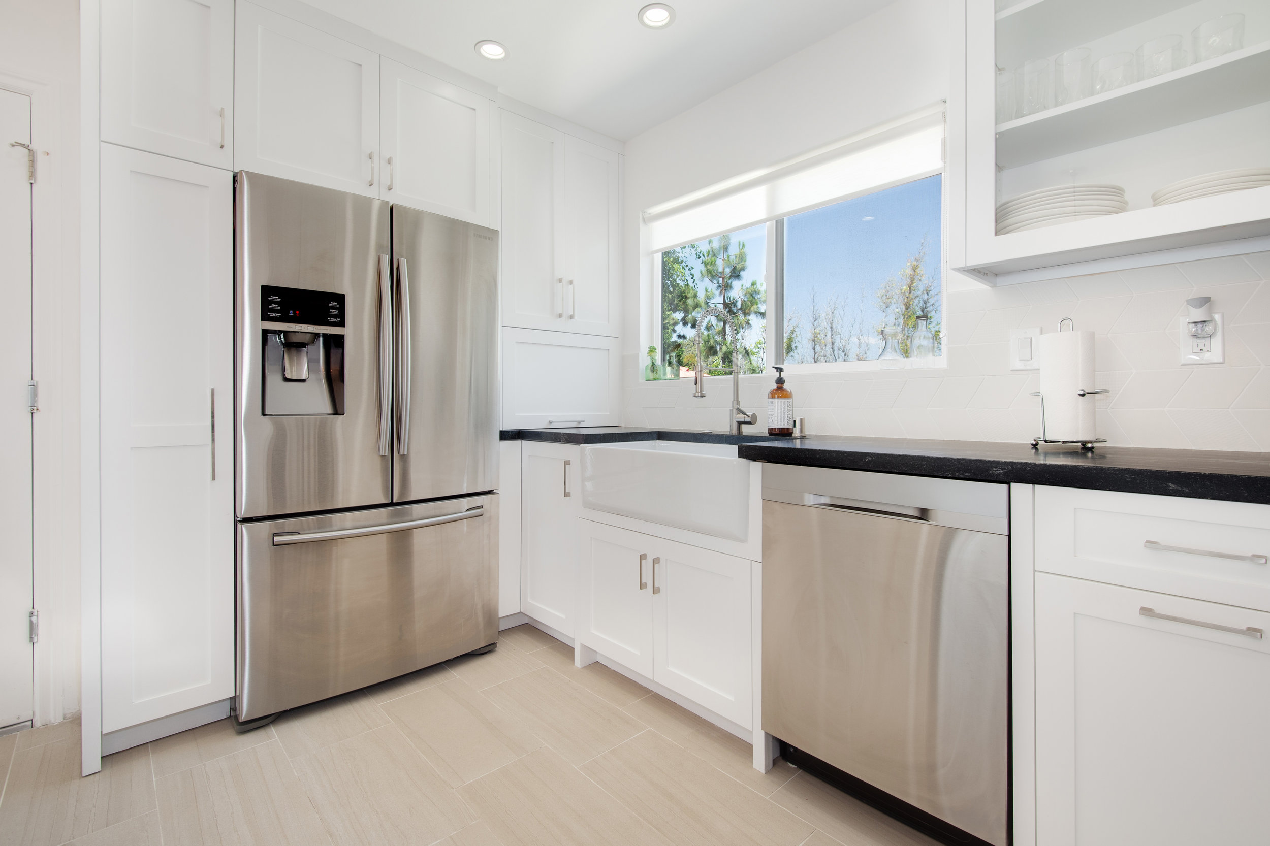 017 7612 Midfield Avenue Westchester Los Angeles For Sale Lease The Malibu Life Team Luxury Real Estate.jpg