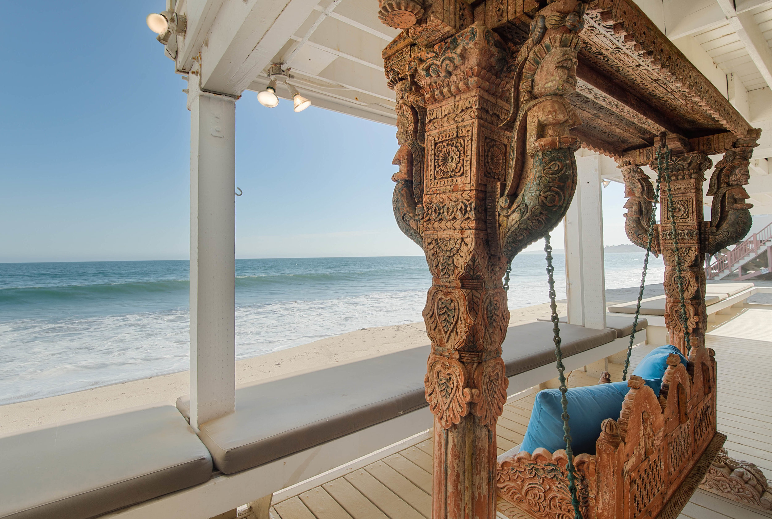 001 Beach Front 25342 Malibu Road For Sale Lease The Malibu Life Team Luxury Real Estate.jpg
