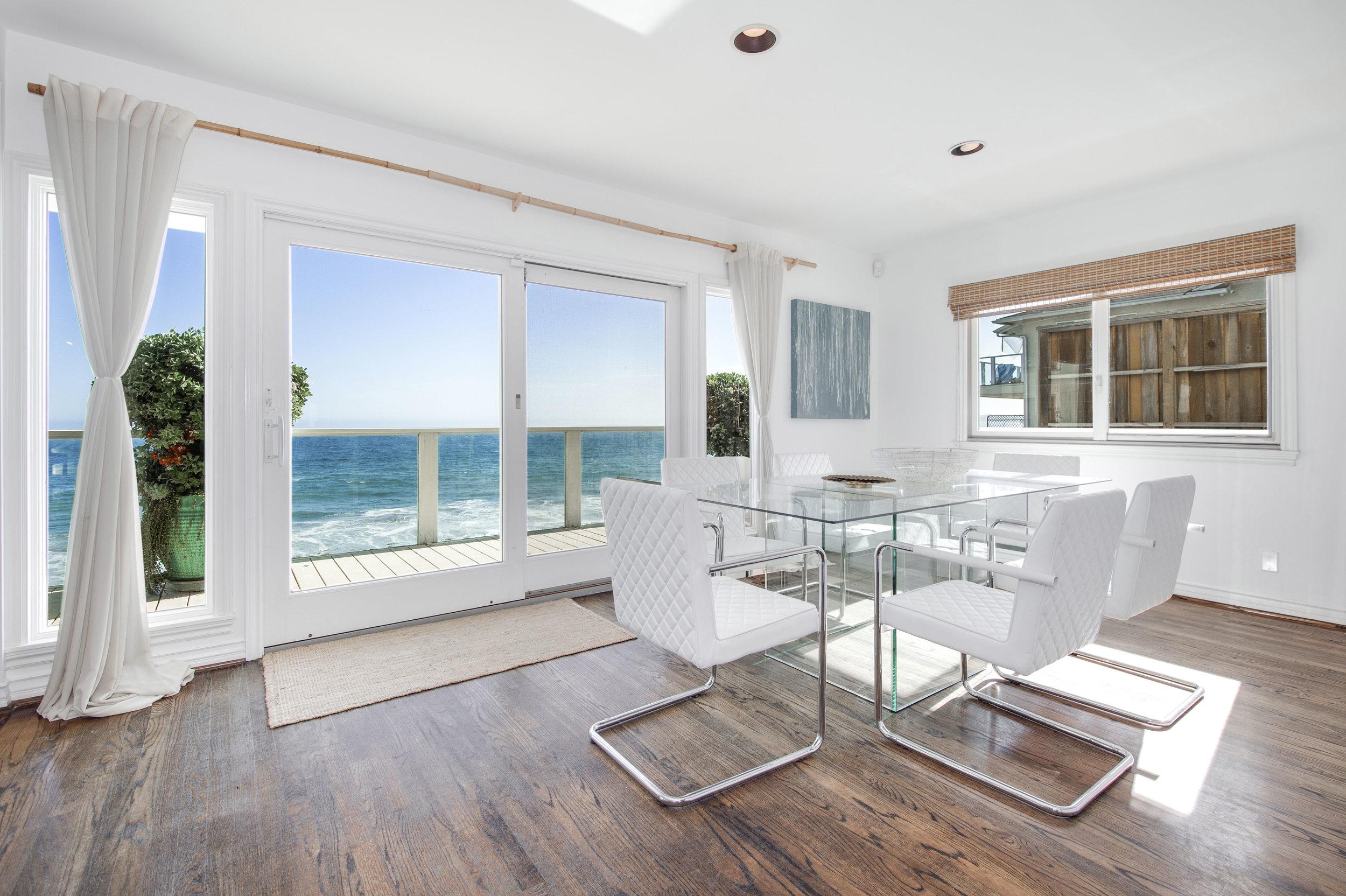 004 Dining 25342 Malibu Road For Sale Lease The Malibu Life Team Luxury Real Estate.jpg