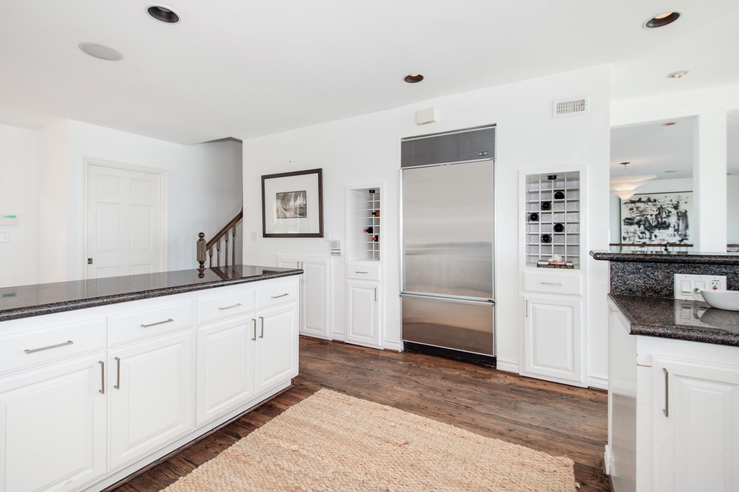 011 Kitchen 25342 Malibu Road For Sale Lease The Malibu Life Team Luxury Real Estate.jpg
