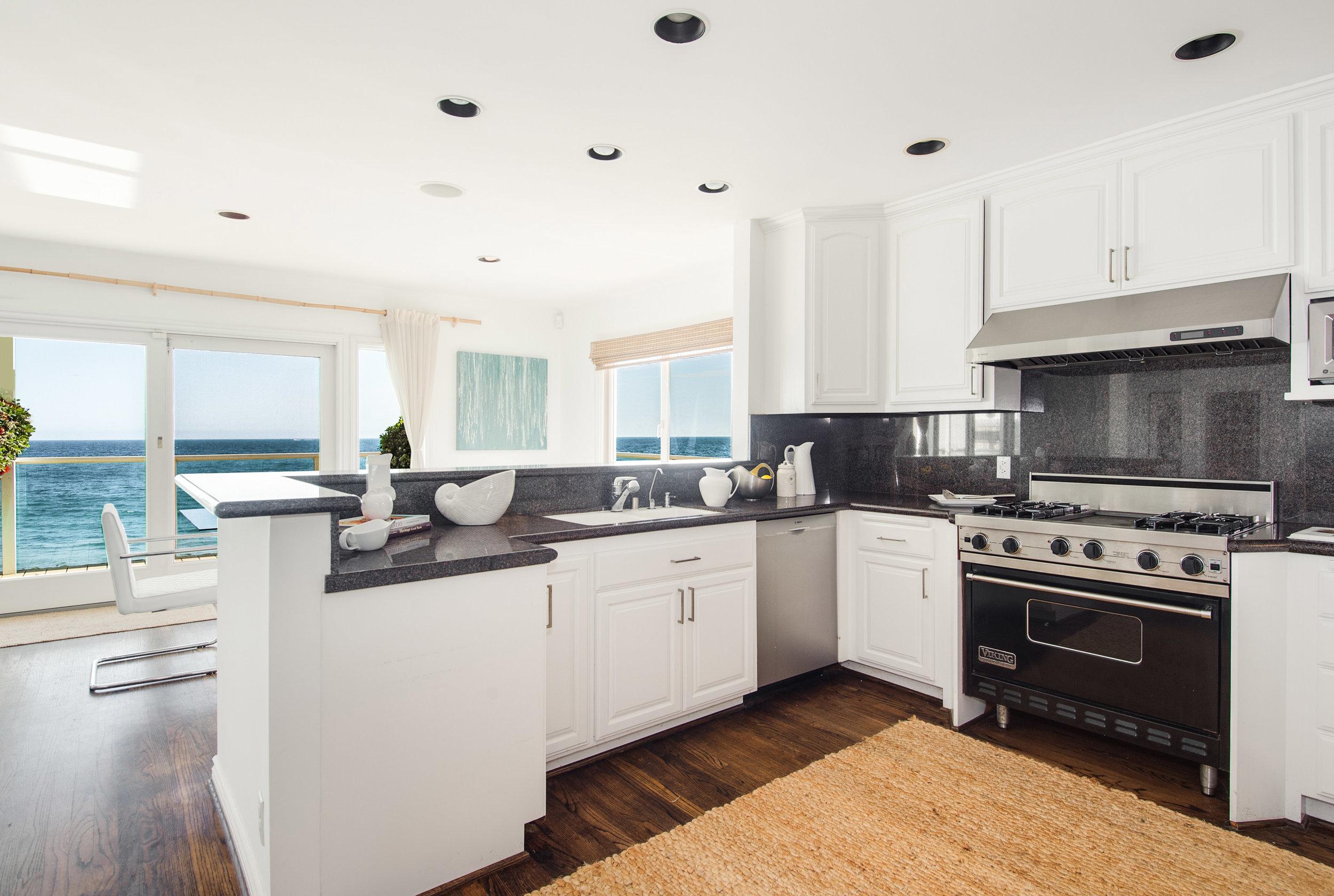 012 Kitchen 25342 Malibu Road For Sale Lease The Malibu Life Team Luxury Real Estate.jpg