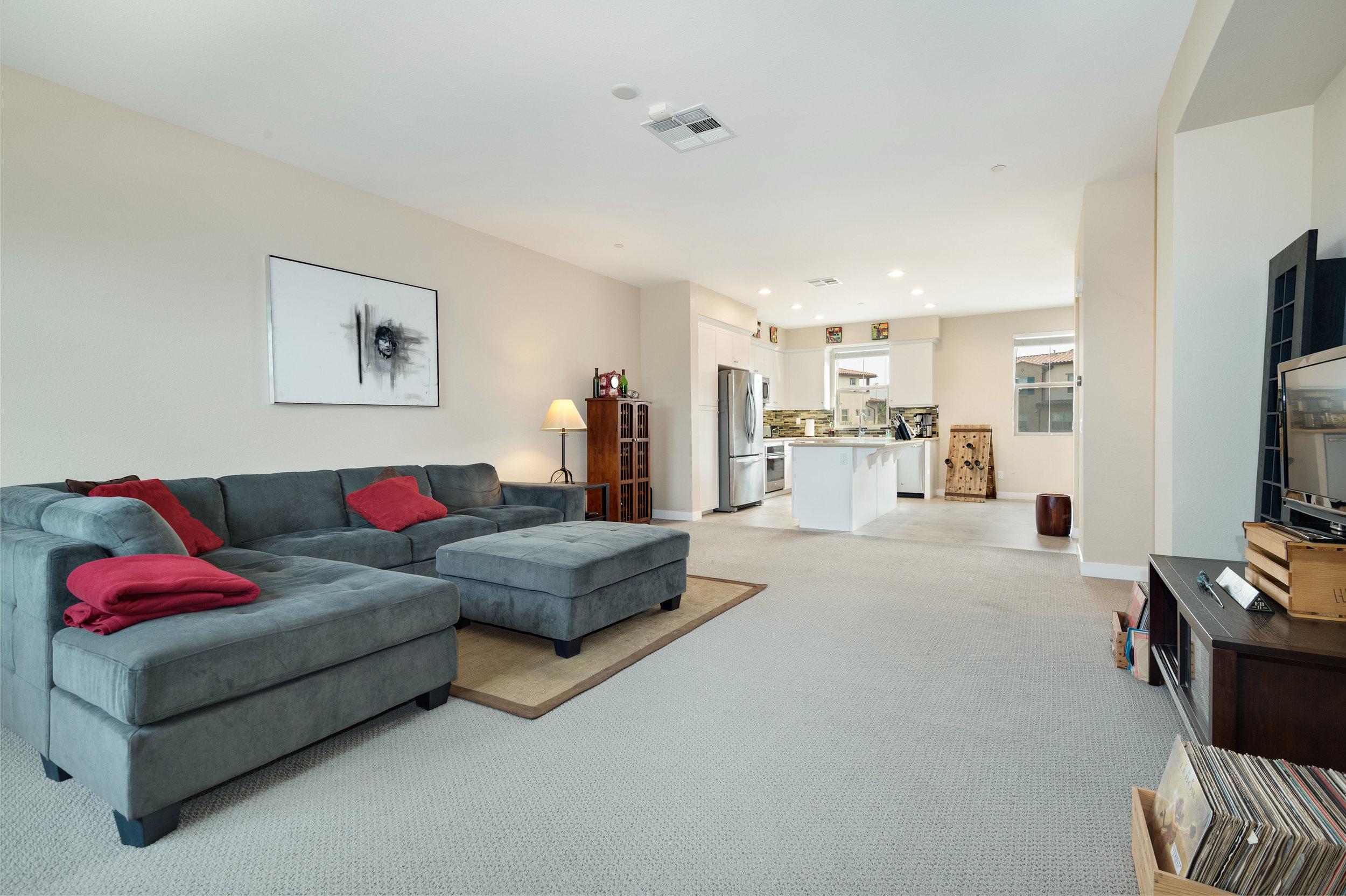002 Living Room 207 Westpark Court Unit 702 Camarillo Bally Khehra For Sale Lease The Malibu Life Team Luxury Real Estate.jpg