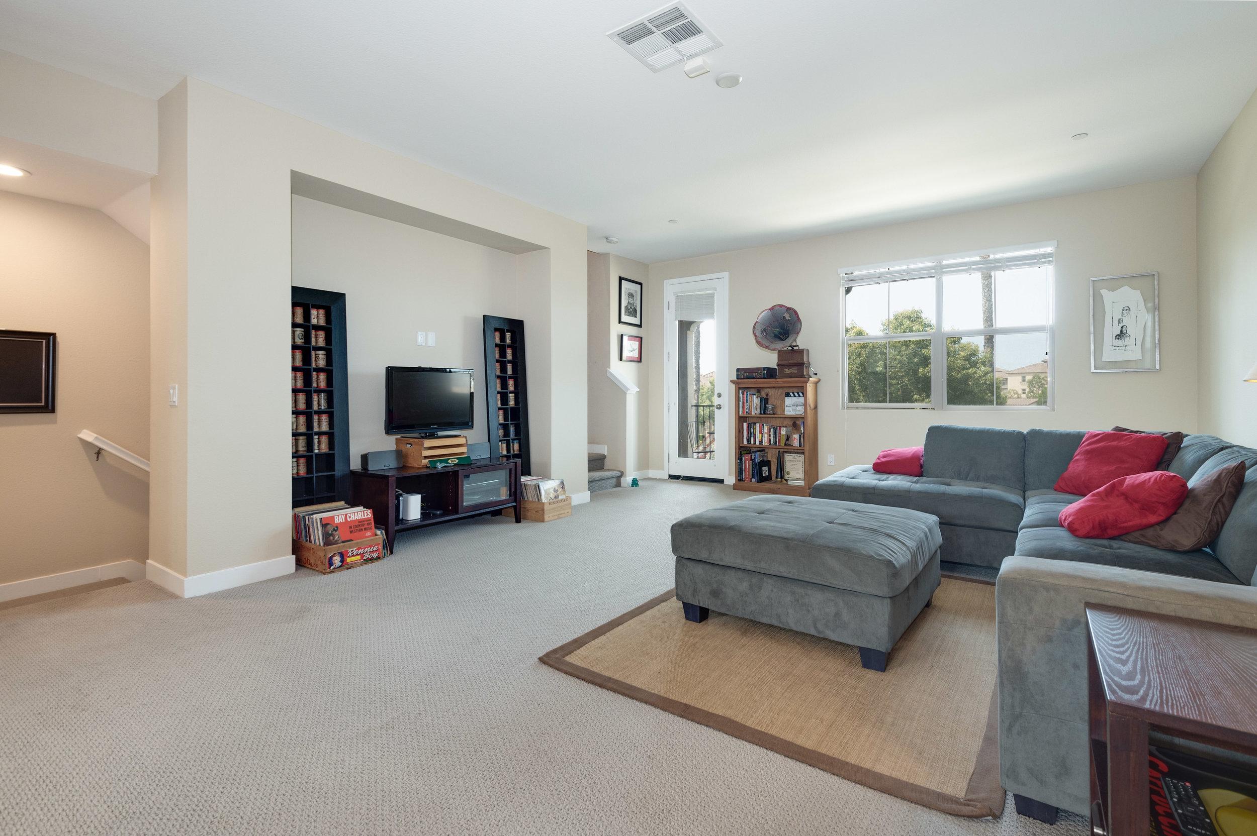 008 Living Room 207 Westpark Court Unit 702 Camarillo Bally Khehra For Sale Lease The Malibu Life Team Luxury Real Estate.jpg