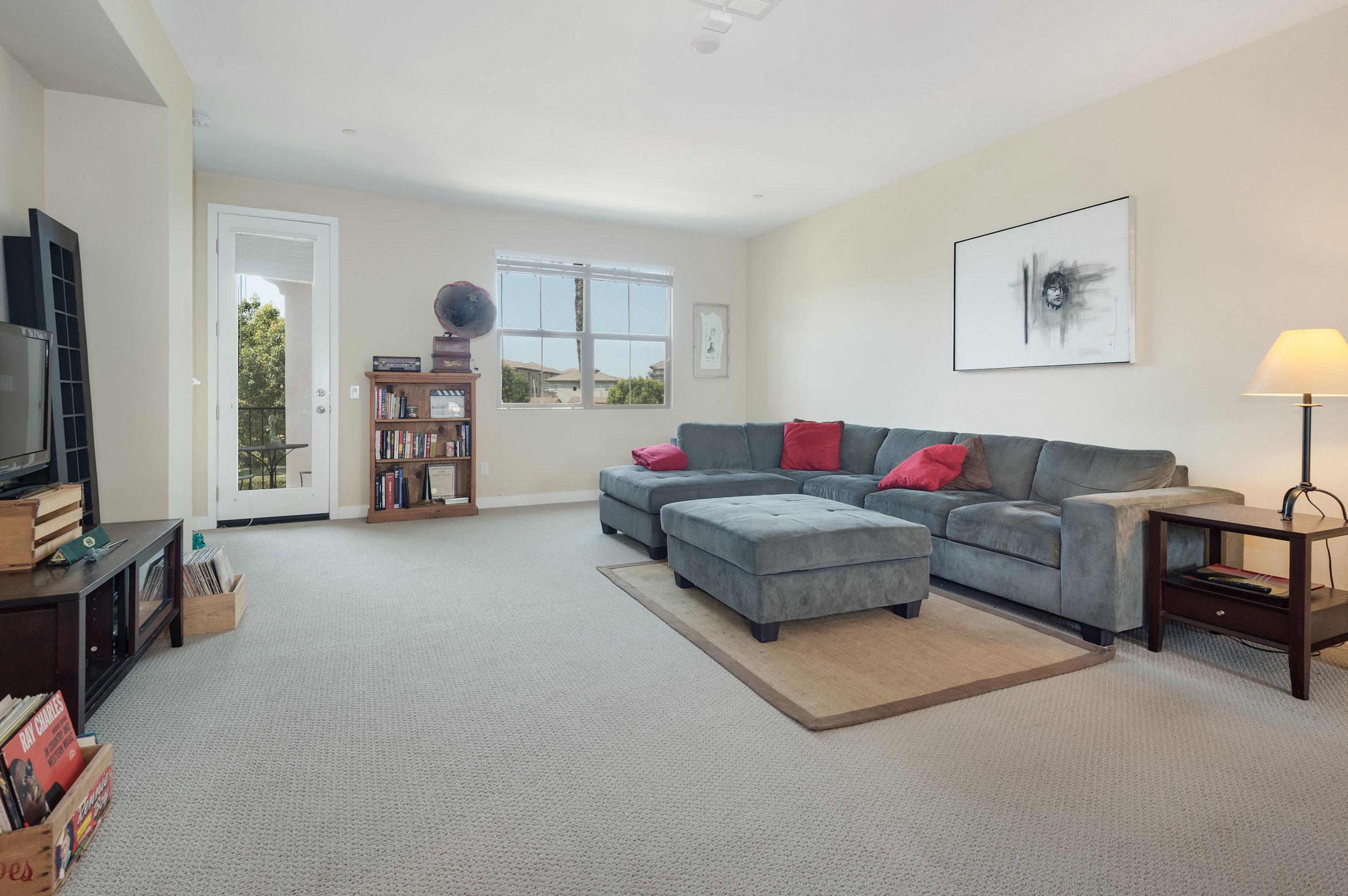 009 Living Room 207 Westpark Court Unit 702 Camarillo Bally Khehra For Sale Lease The Malibu Life Team Luxury Real Estate.jpg