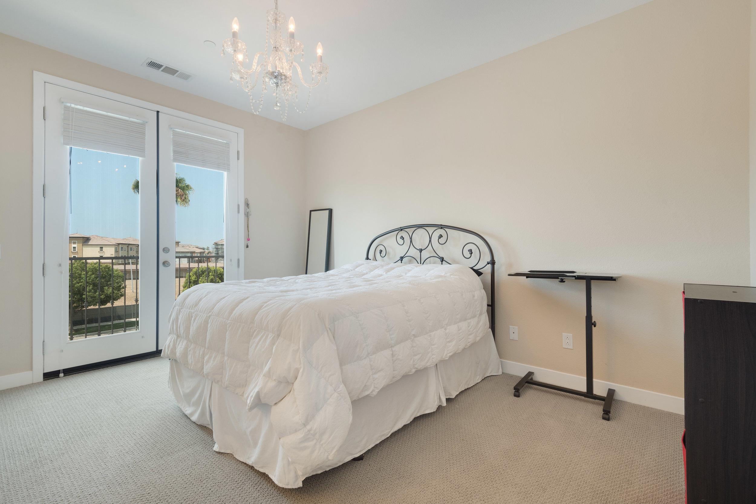 012 Master Bedroom 207 Westpark Court Unit 702 Camarillo Bally Khehra For Sale Lease The Malibu Life Team Luxury Real Estate.jpg
