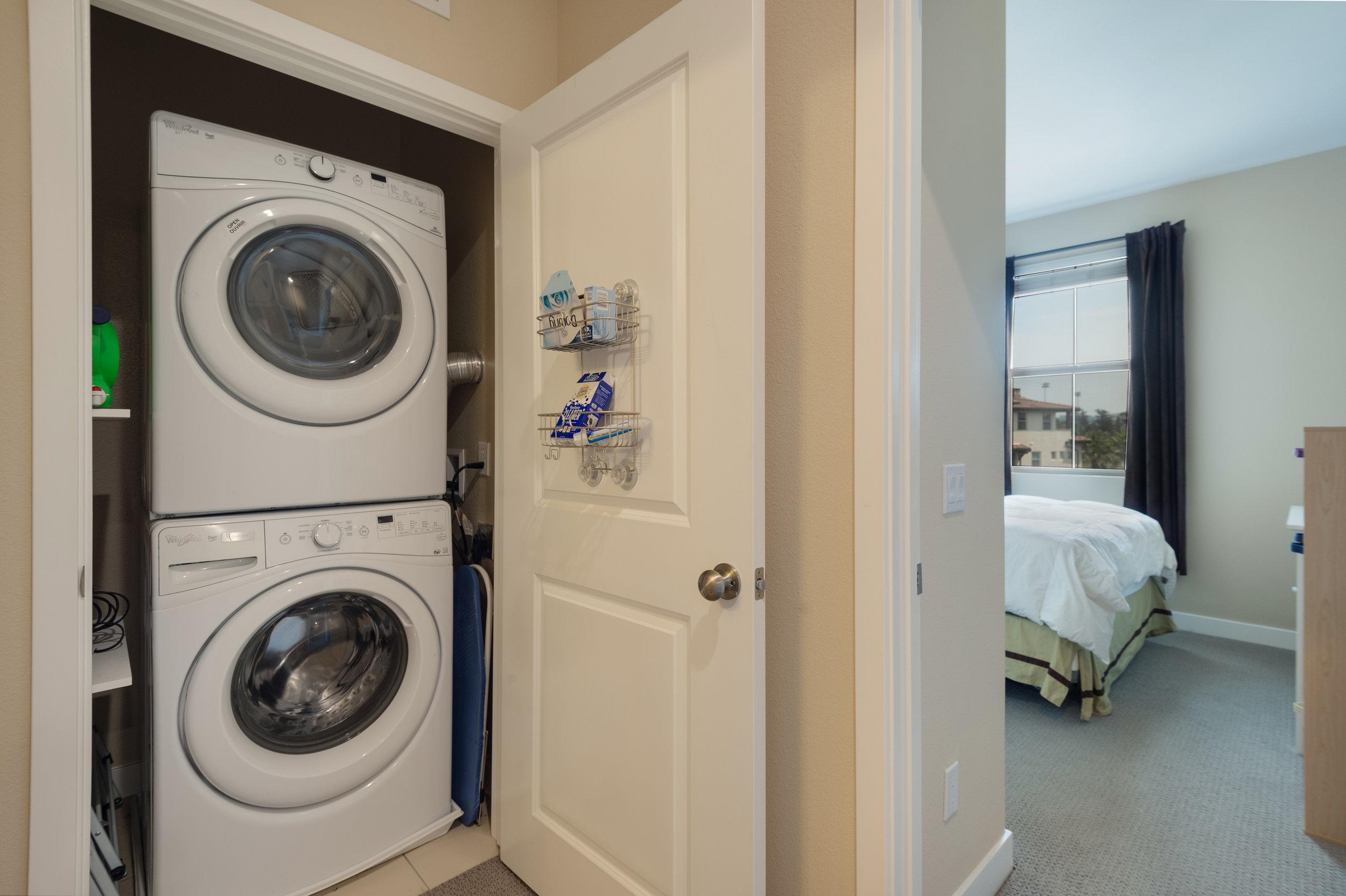 017 Laundry 207 Westpark Court Unit 702 Camarillo Bally Khehra For Sale Lease The Malibu Life Team Luxury Real Estate.jpg