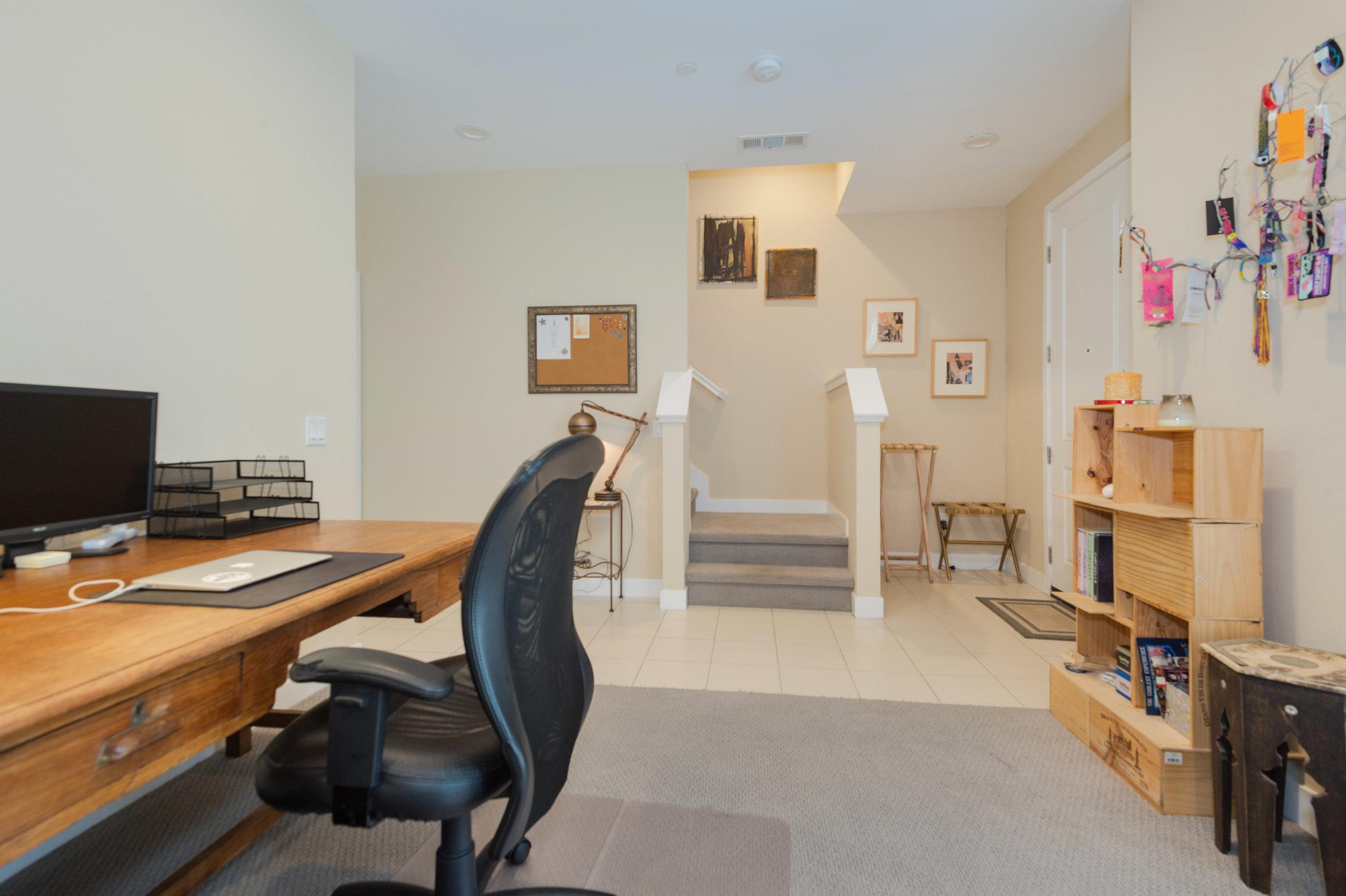 019 Office Den 207 Westpark Court Unit 702 Camarillo Bally Khehra For Sale Lease The Malibu Life Team Luxury Real Estate.jpg