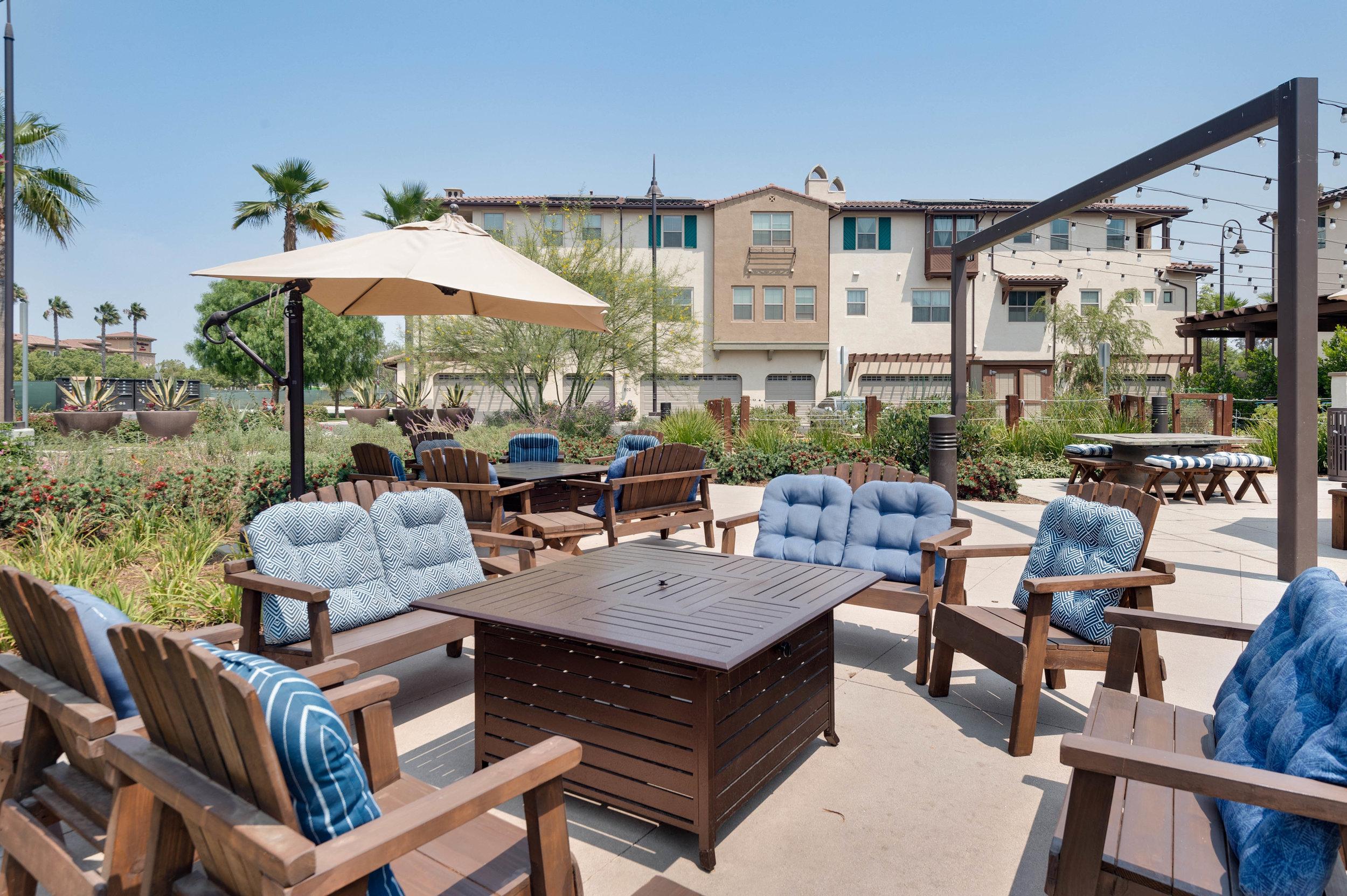 023 Courtyard 207 Westpark Court Unit 702 Camarillo Bally Khehra For Sale Lease The Malibu Life Team Luxury Real Estate.jpg
