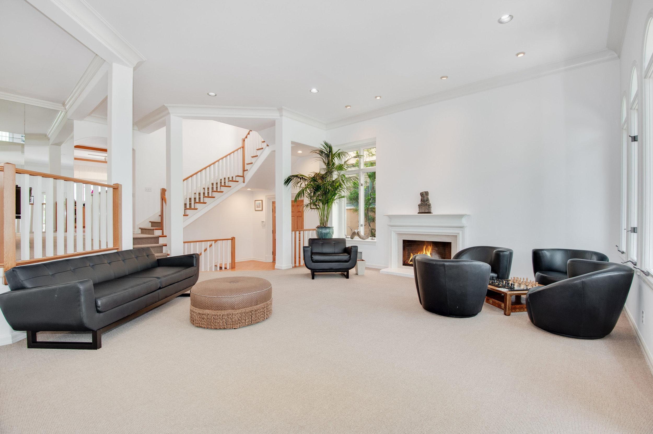 003 Living Room Malibu For Sale Lease The Malibu Life Team Luxury Real Estate.jpg