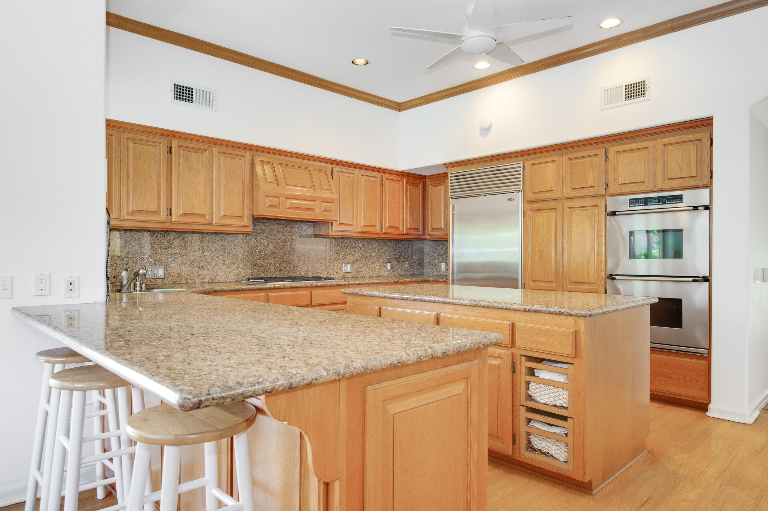 009 Kitchen Malibu For Sale Lease The Malibu Life Team Luxury Real Estate.jpg