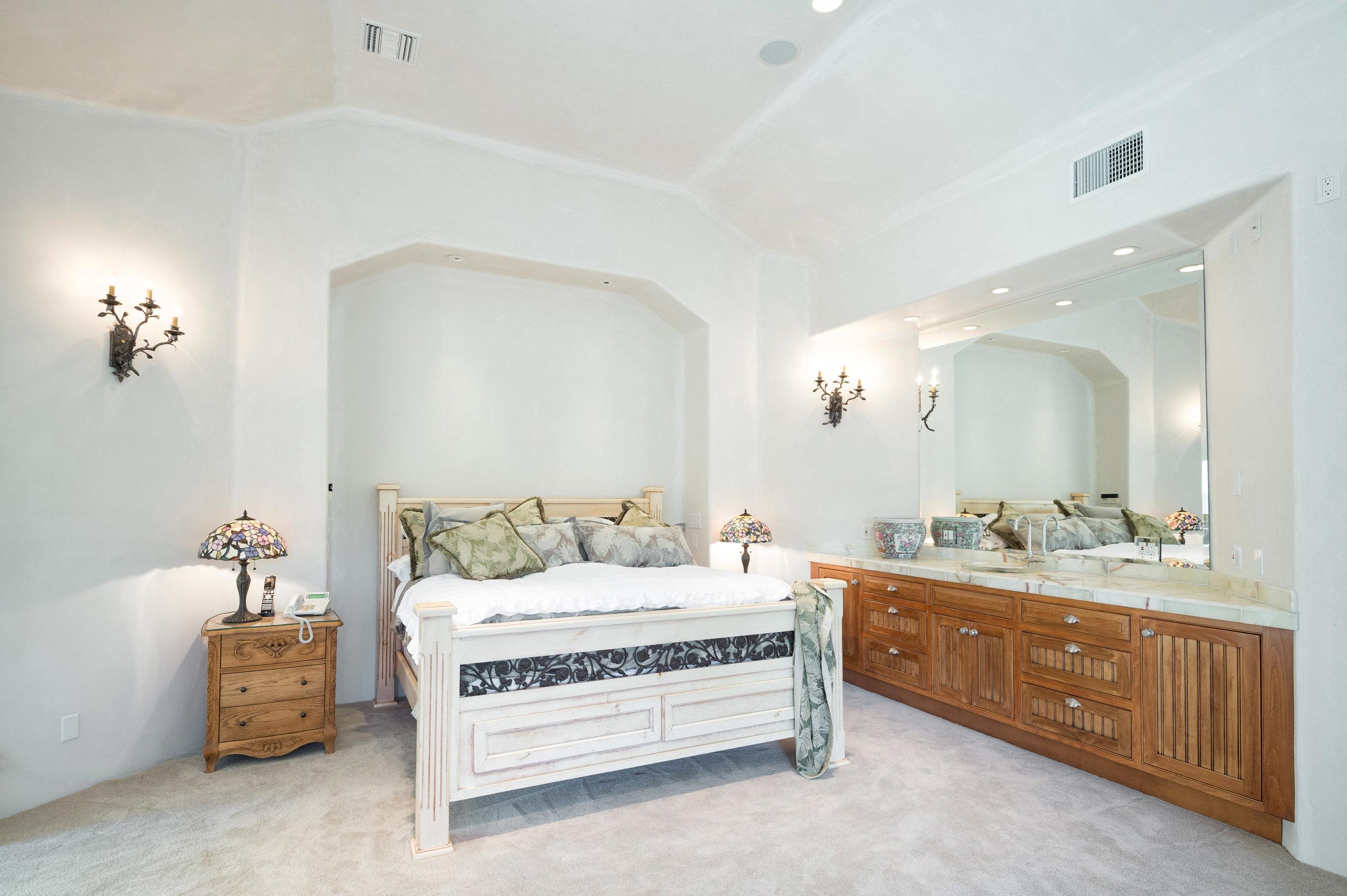 013 master bedroom  10 6405 bonsall Malibu For Sale The Malibu Life Team Luxury Real Estate.jpg