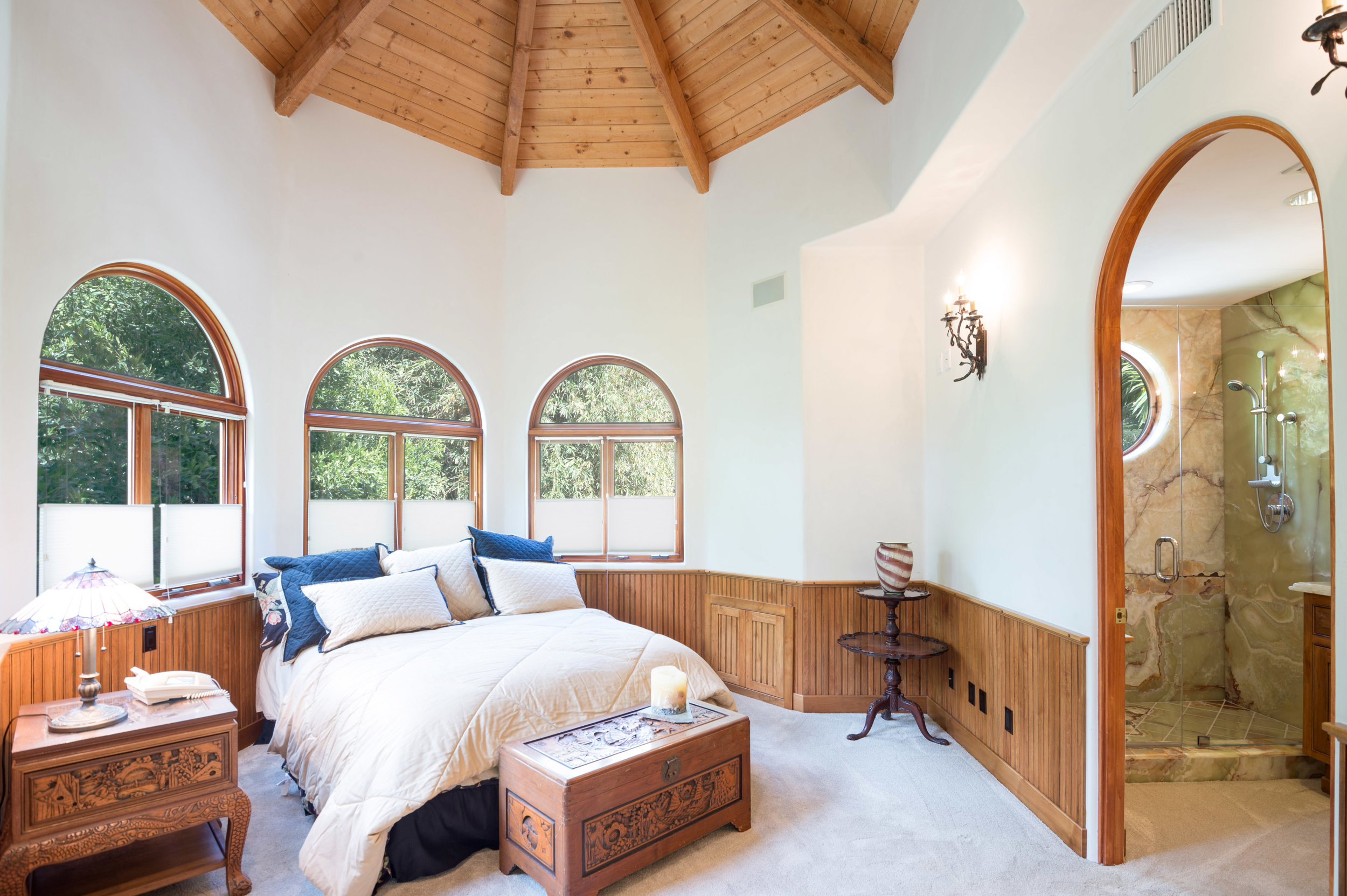 019 guest bedroom 2 6405 bonsall Malibu For Sale The Malibu Life Team Luxury Real Estate.jpg