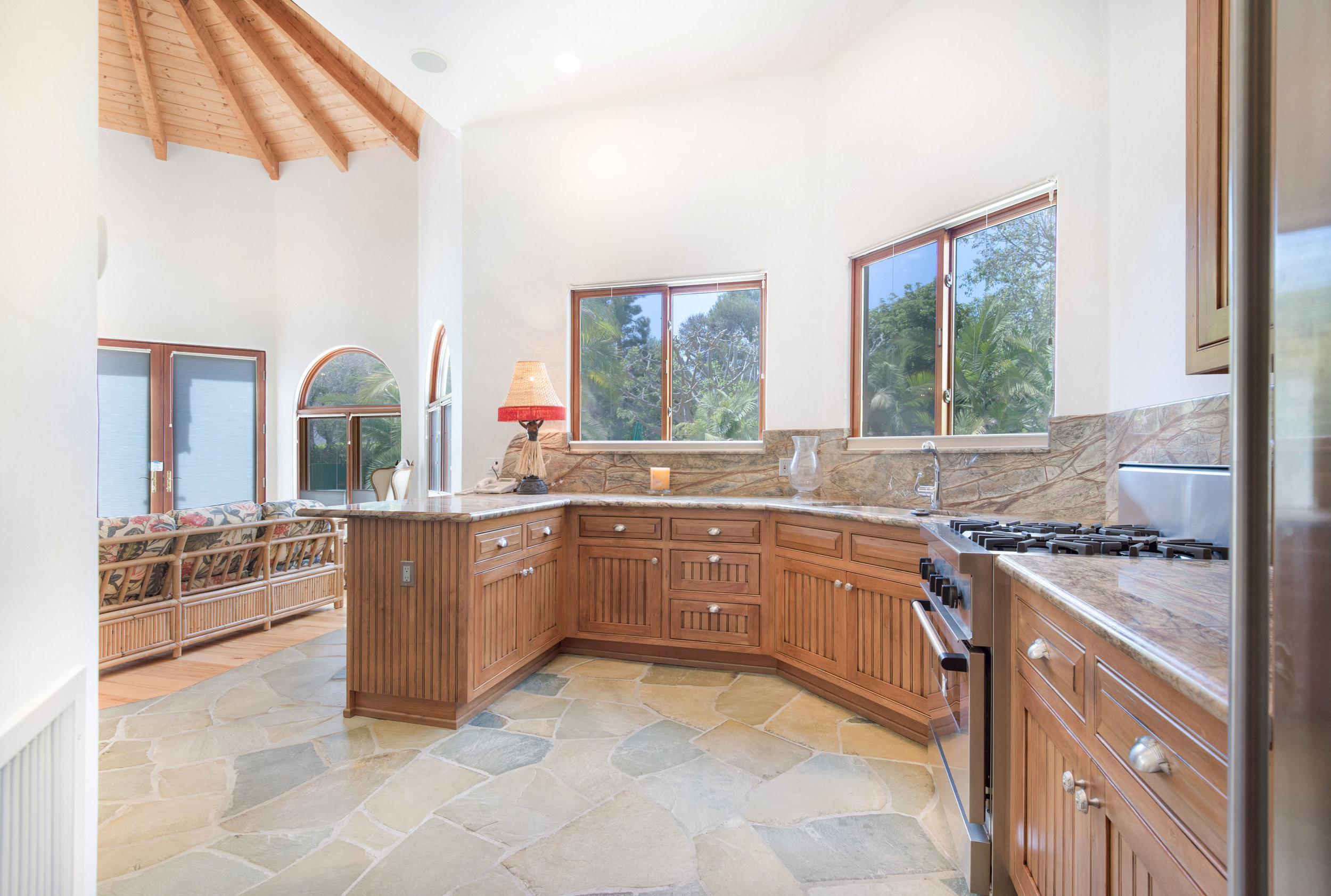 024 guest house 1 6405 bonsall Malibu For Sale The Malibu Life Team Luxury Real Estate.jpg
