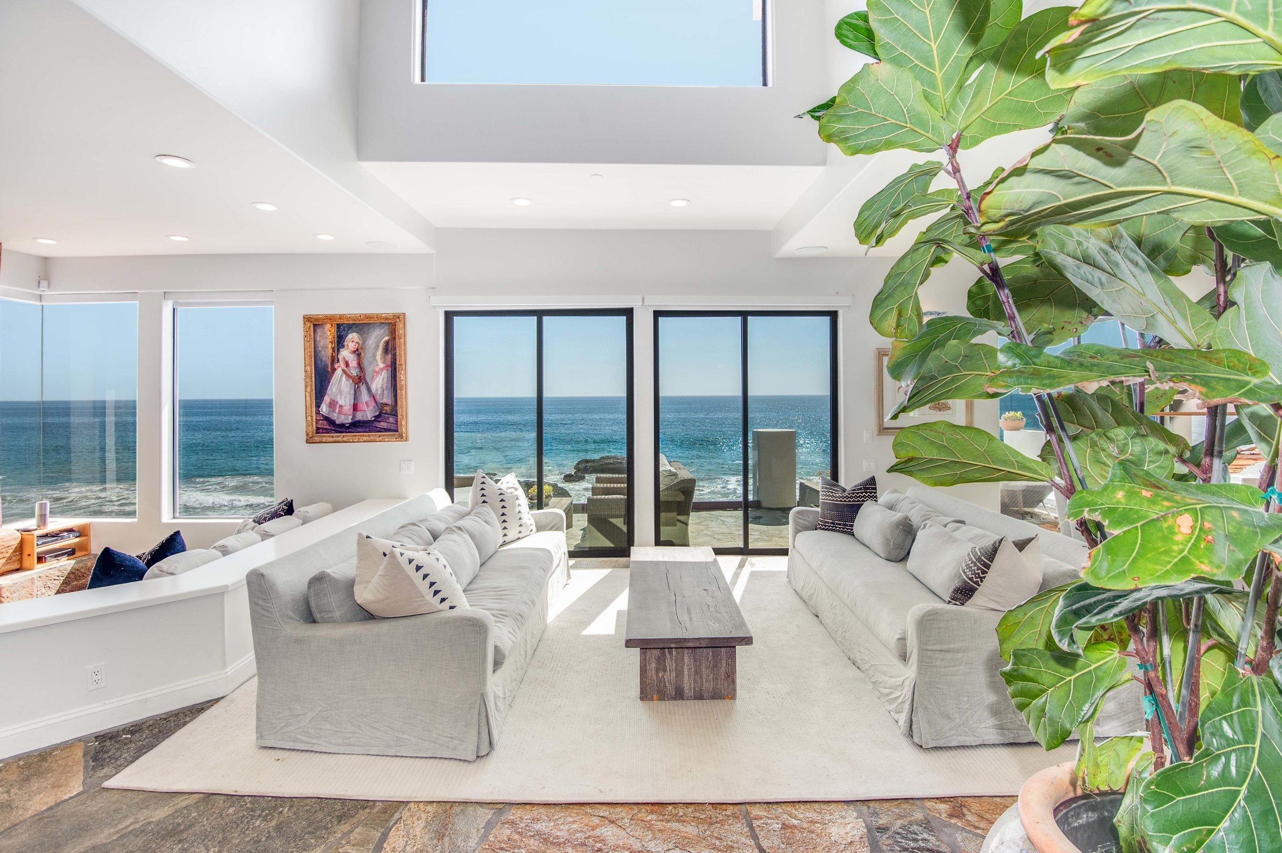 002 Living Room 25252 Malibu Road For Sale Lease The Malibu Life Team Luxury Real Estate.jpg