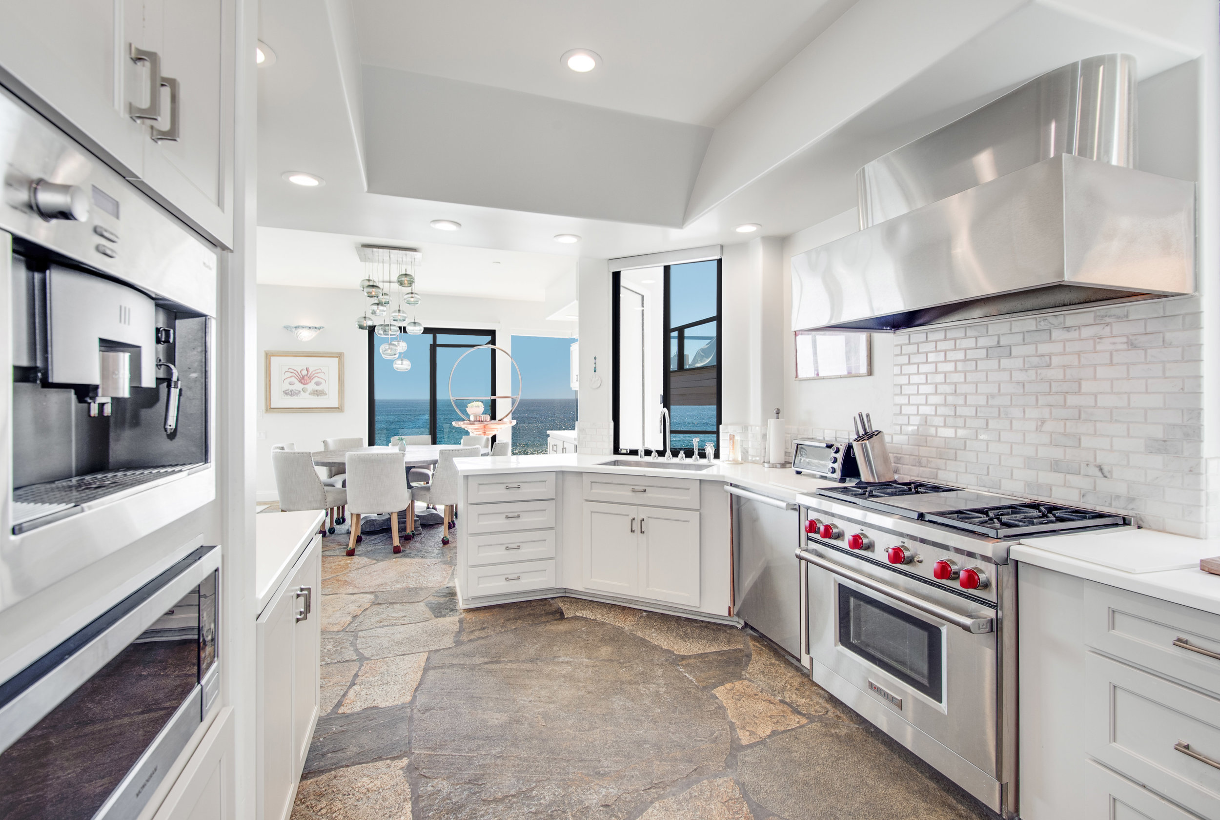 003 Kitchen 25252 Malibu Road For Sale Lease The Malibu Life Team Luxury Real Estate.jpg