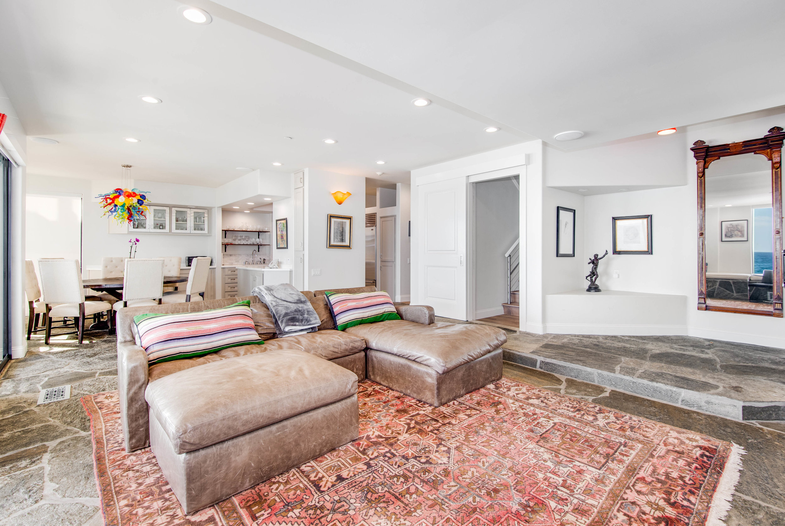 023 Living Room 25252 Malibu Road For Sale Lease The Malibu Life Team Luxury Real Estate.jpg