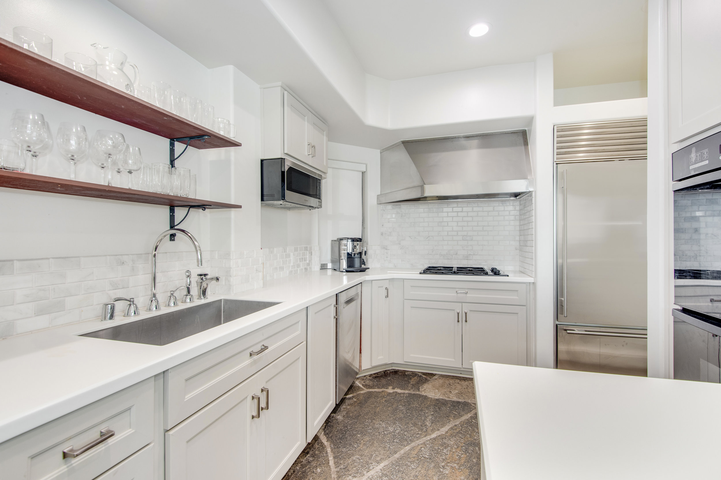 026 Kitchen 25252 Malibu Road For Sale Lease The Malibu Life Team Luxury Real Estate.jpg