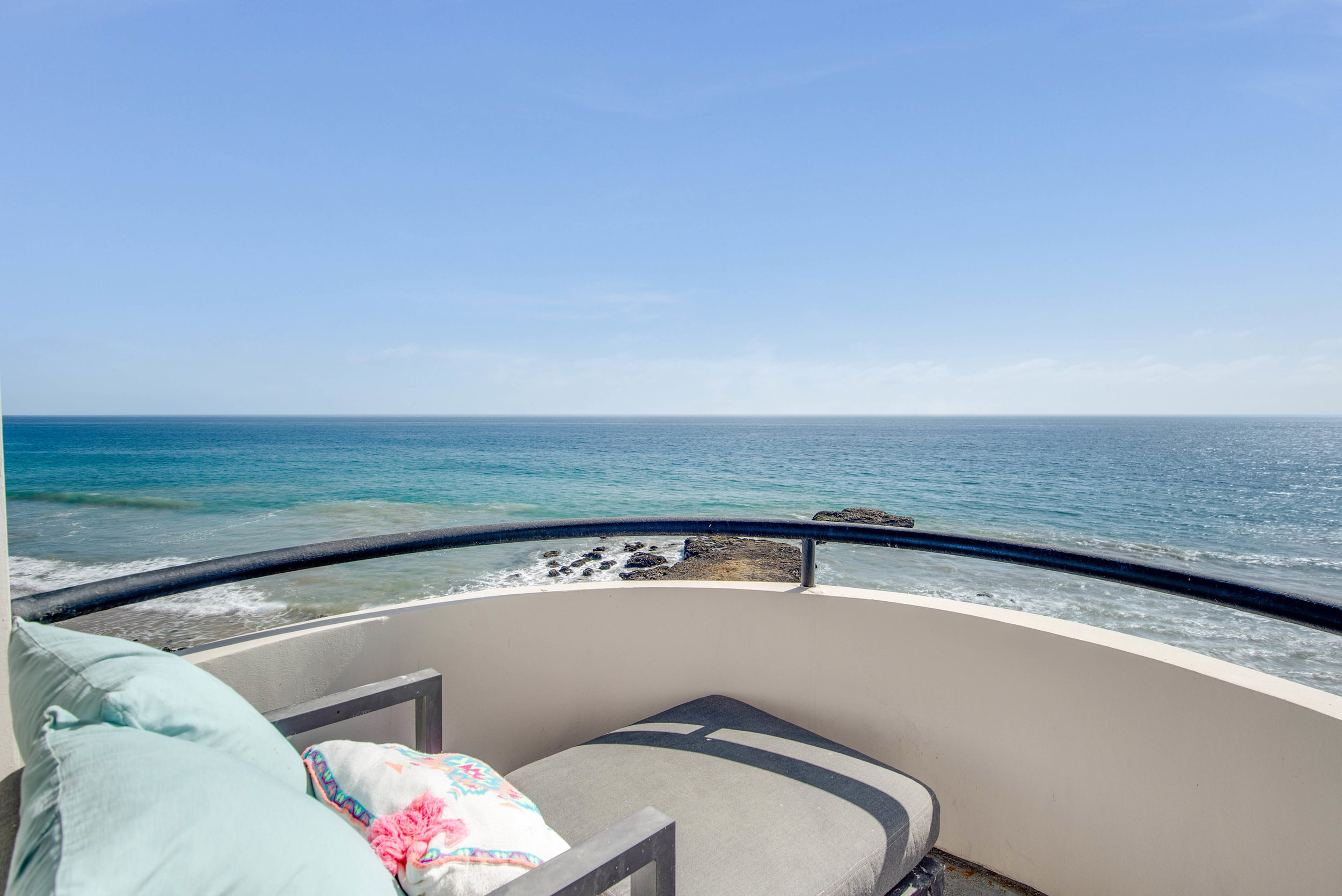 001 Ocean View 25252 Malibu Road For Sale Lease The Malibu Life Team Luxury Real Estate.jpg