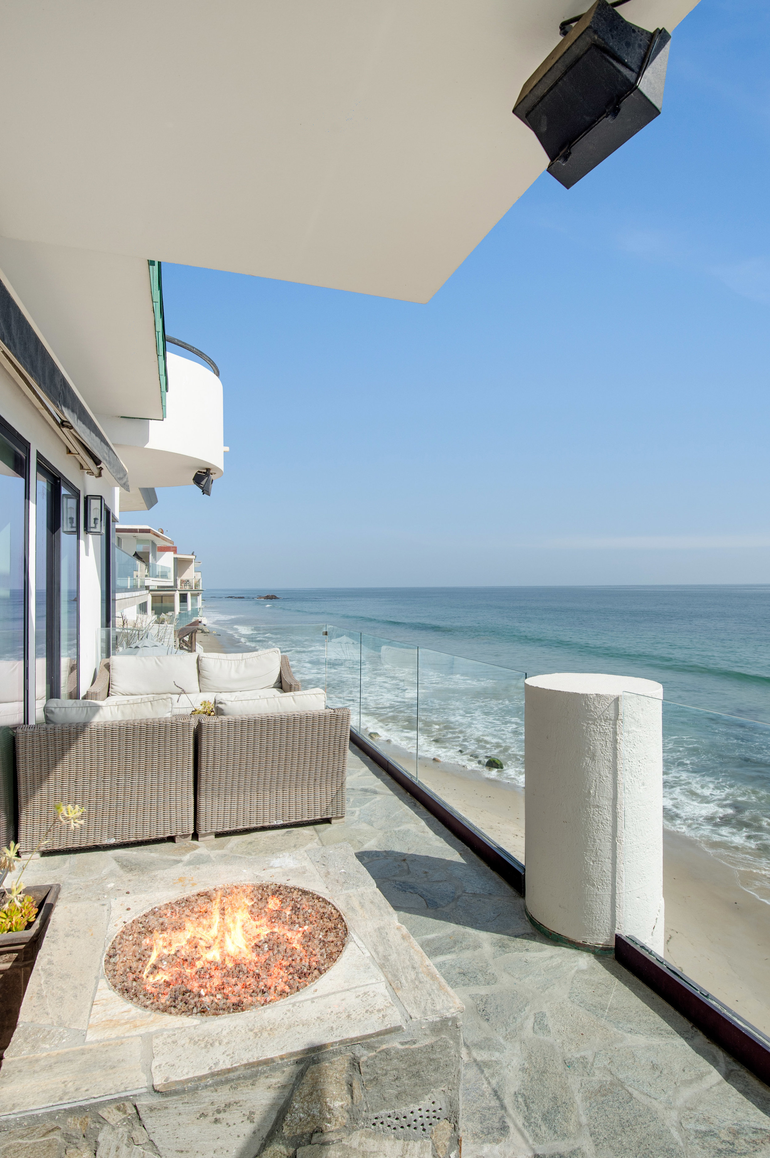 015 Deck 25252 Malibu Road For Sale Lease The Malibu Life Team Luxury Real Estate.jpg