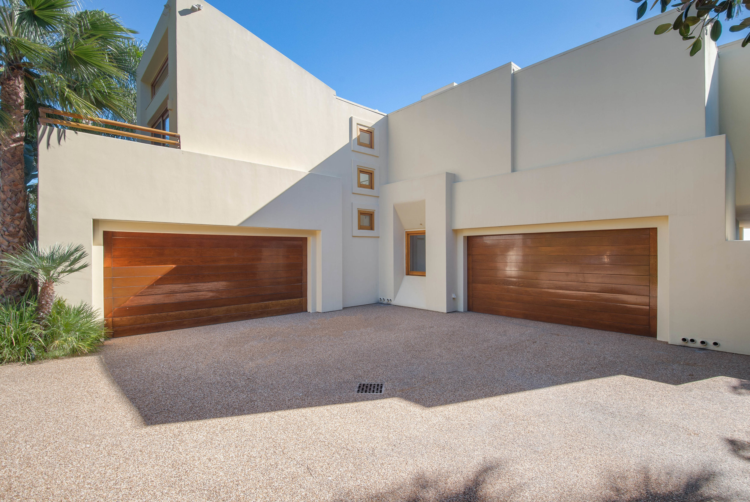 027 Garage 27475 Latigo Bay View Drive For Sale Lease The Malibu Life Team Luxury Real Estate.jpg
