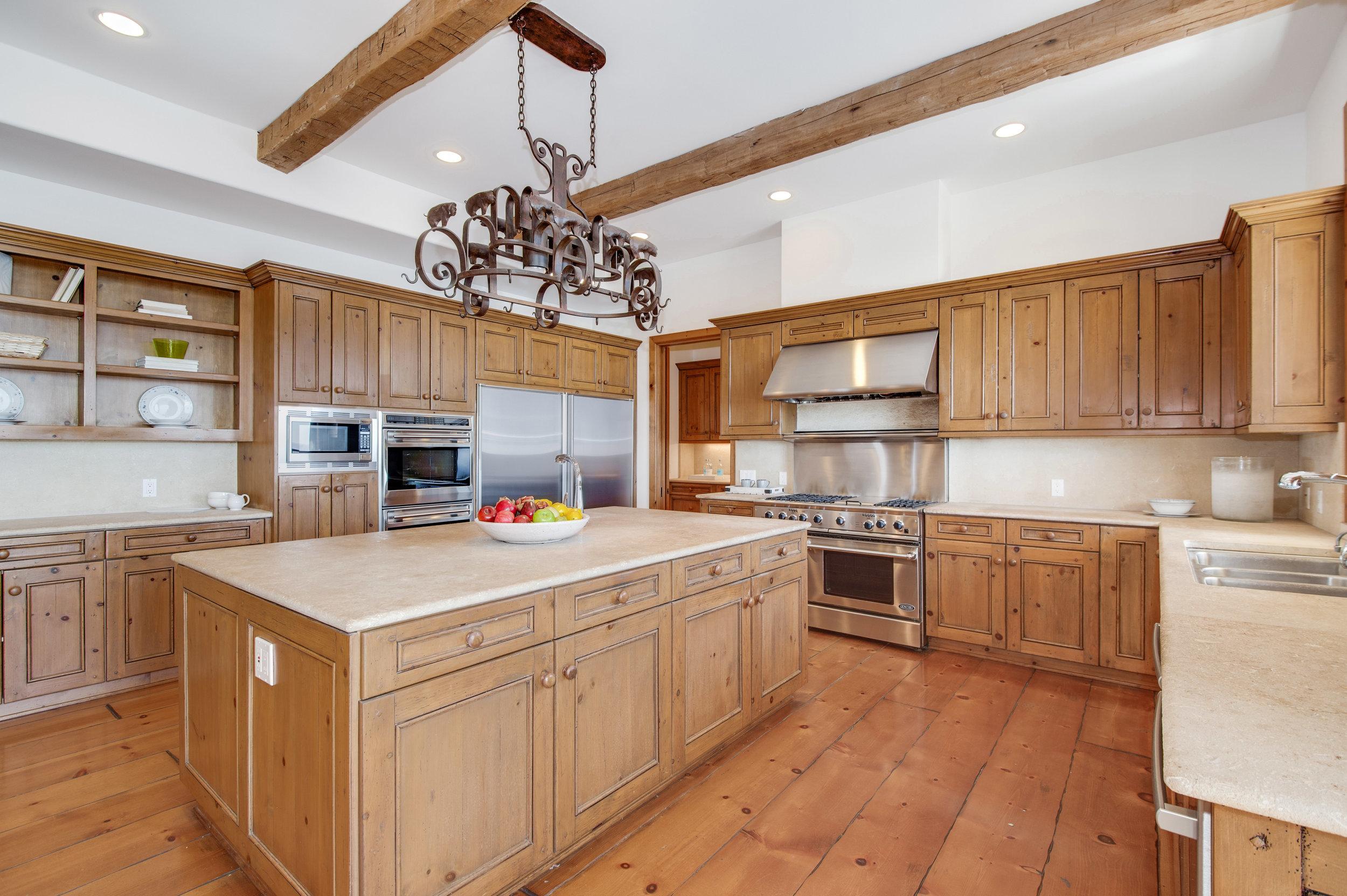 007 Kitchen 27475 Latigo Bay View Drive For Sale Lease The Malibu Life Team Luxury Real Estate.jpg