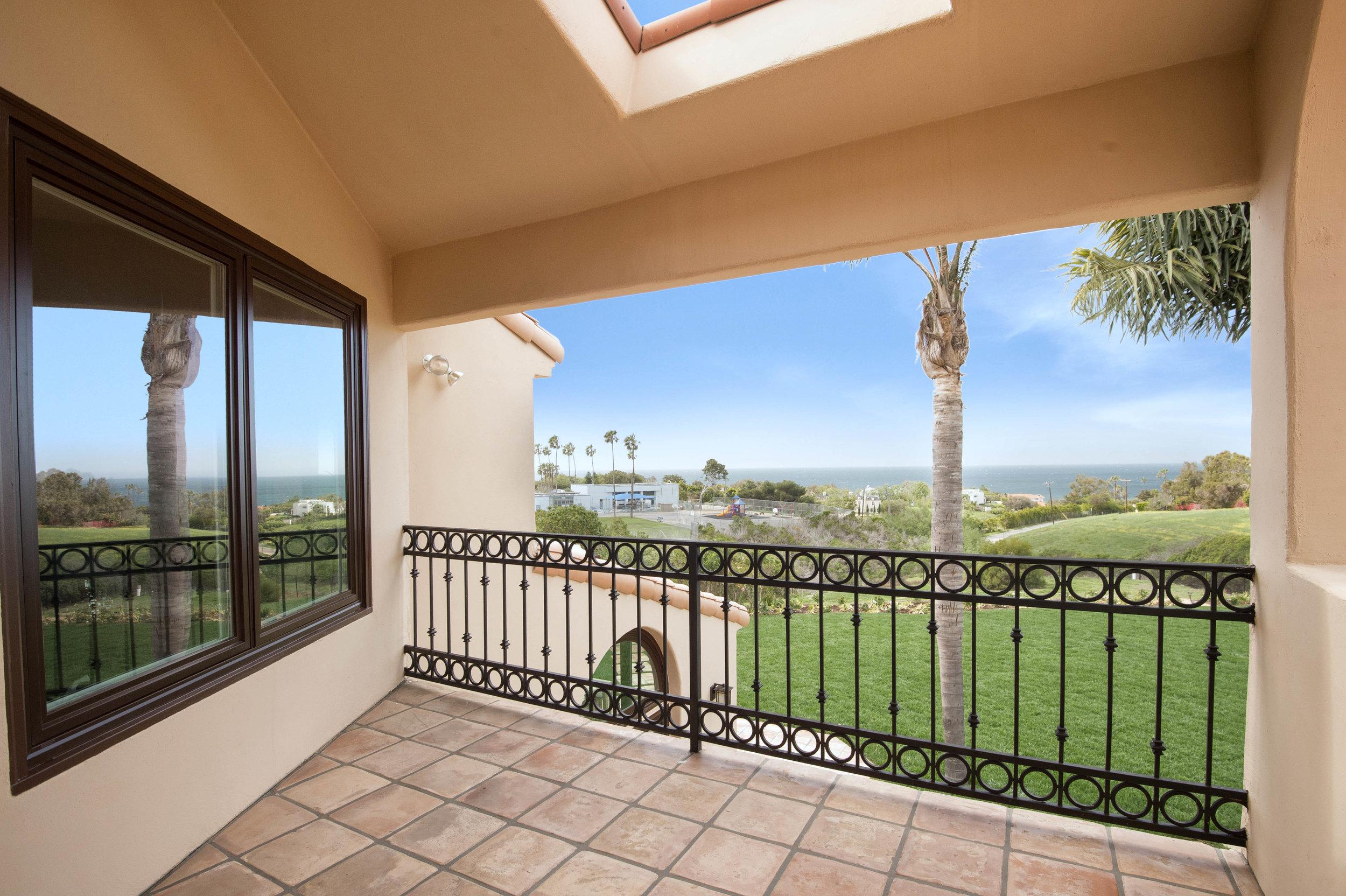 013 Deck 6130 Via Cabrillo For Sale Lease The Malibu Life Team Luxury Real Estate.jpg